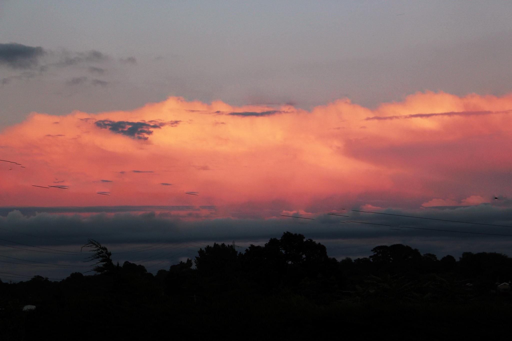 Strange sky last night  by Terry Reynolds