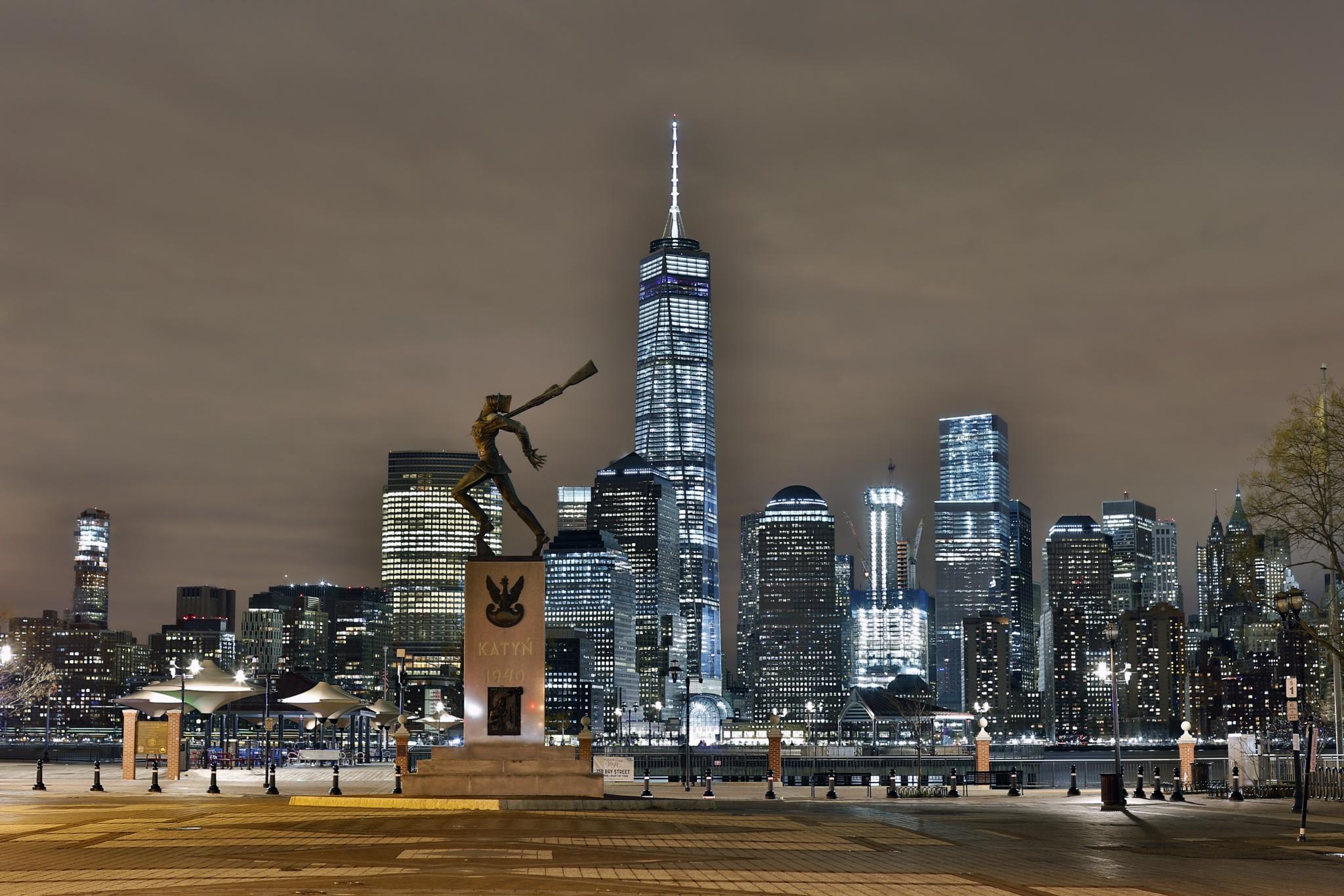 Night In Downtown Manhattan by visbimmer79