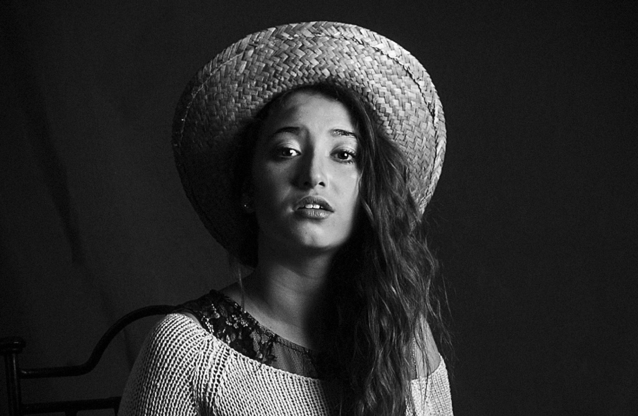 chica con sombrero by Pedro Miranda Alonso
