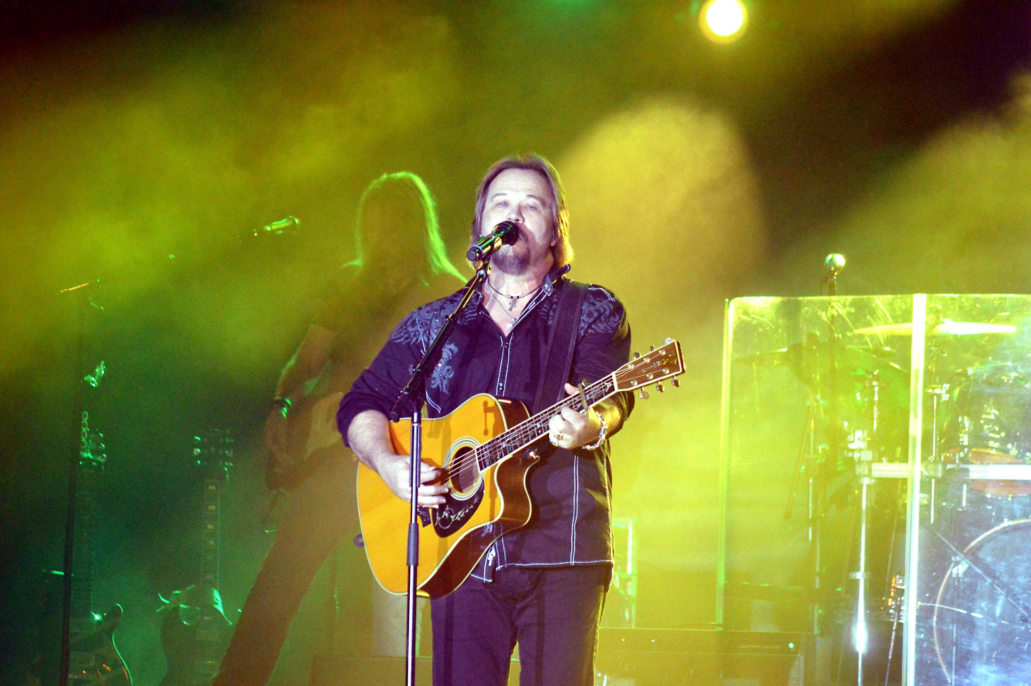 Travis Tritt Concert 4 by Dave Sesher