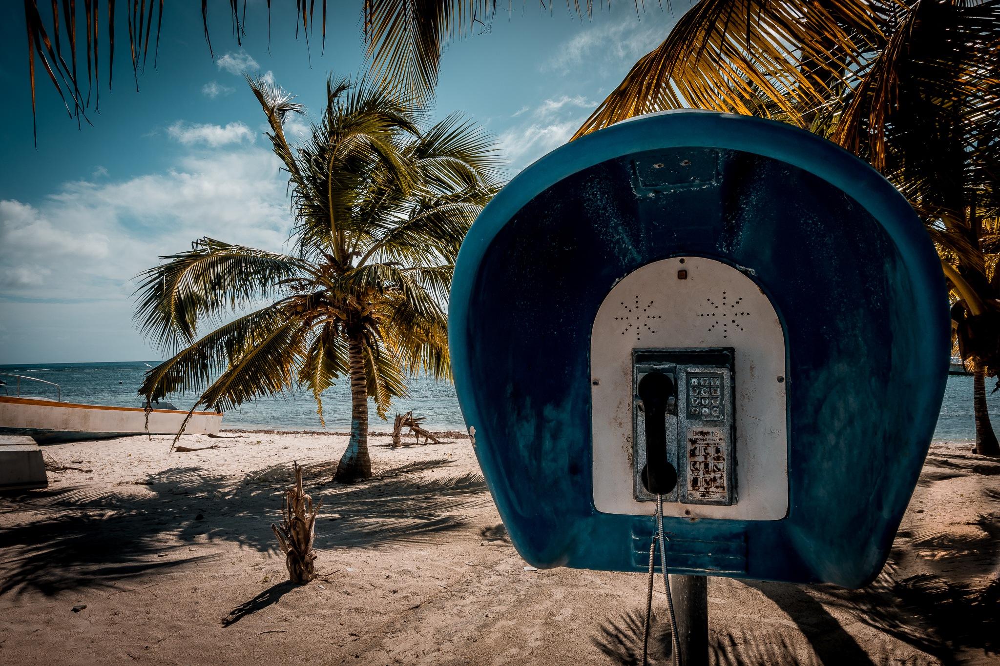 A call for Mr. Robinson Cruso by Andreas Mariotti