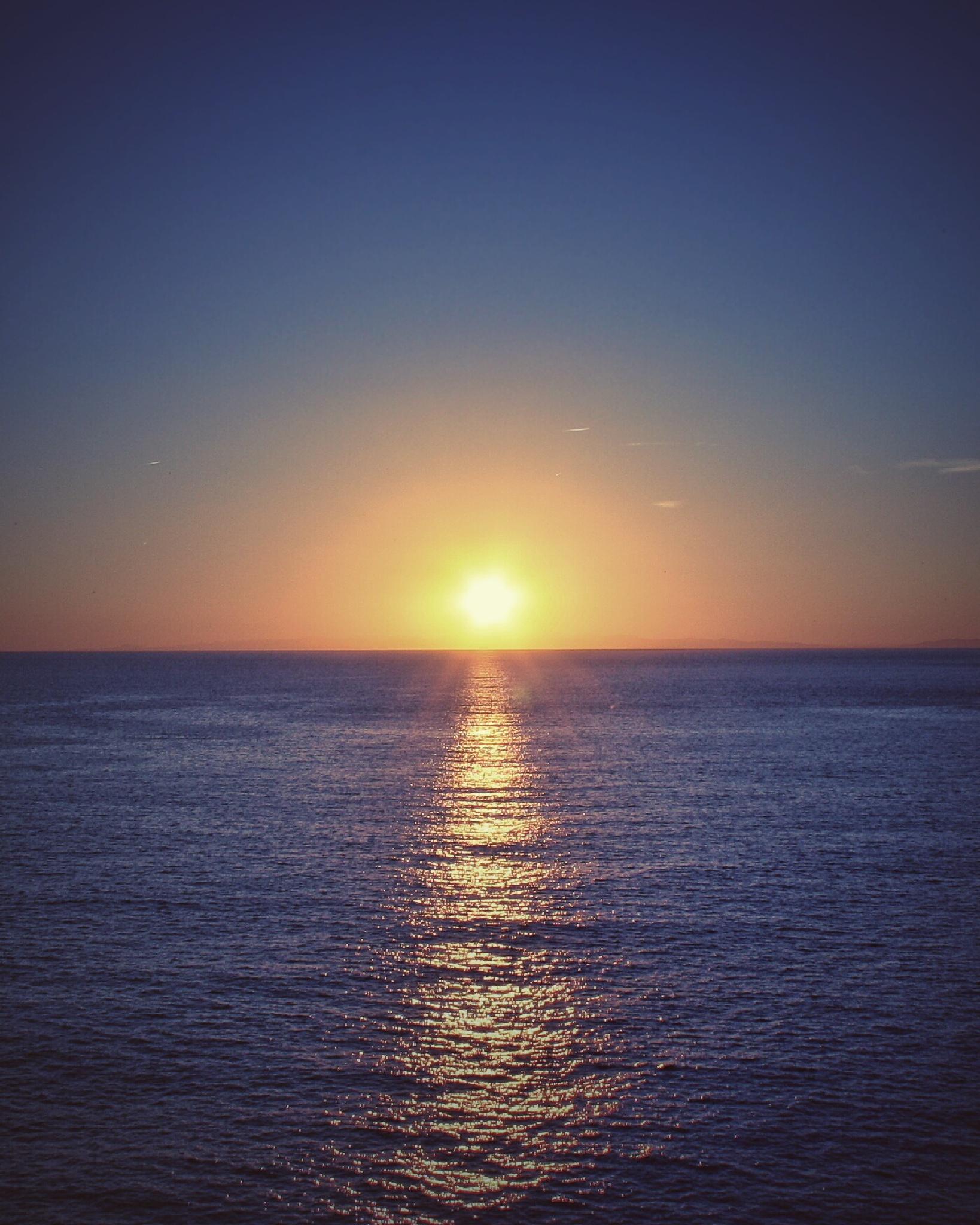 Blue sunset by Davide Biggi