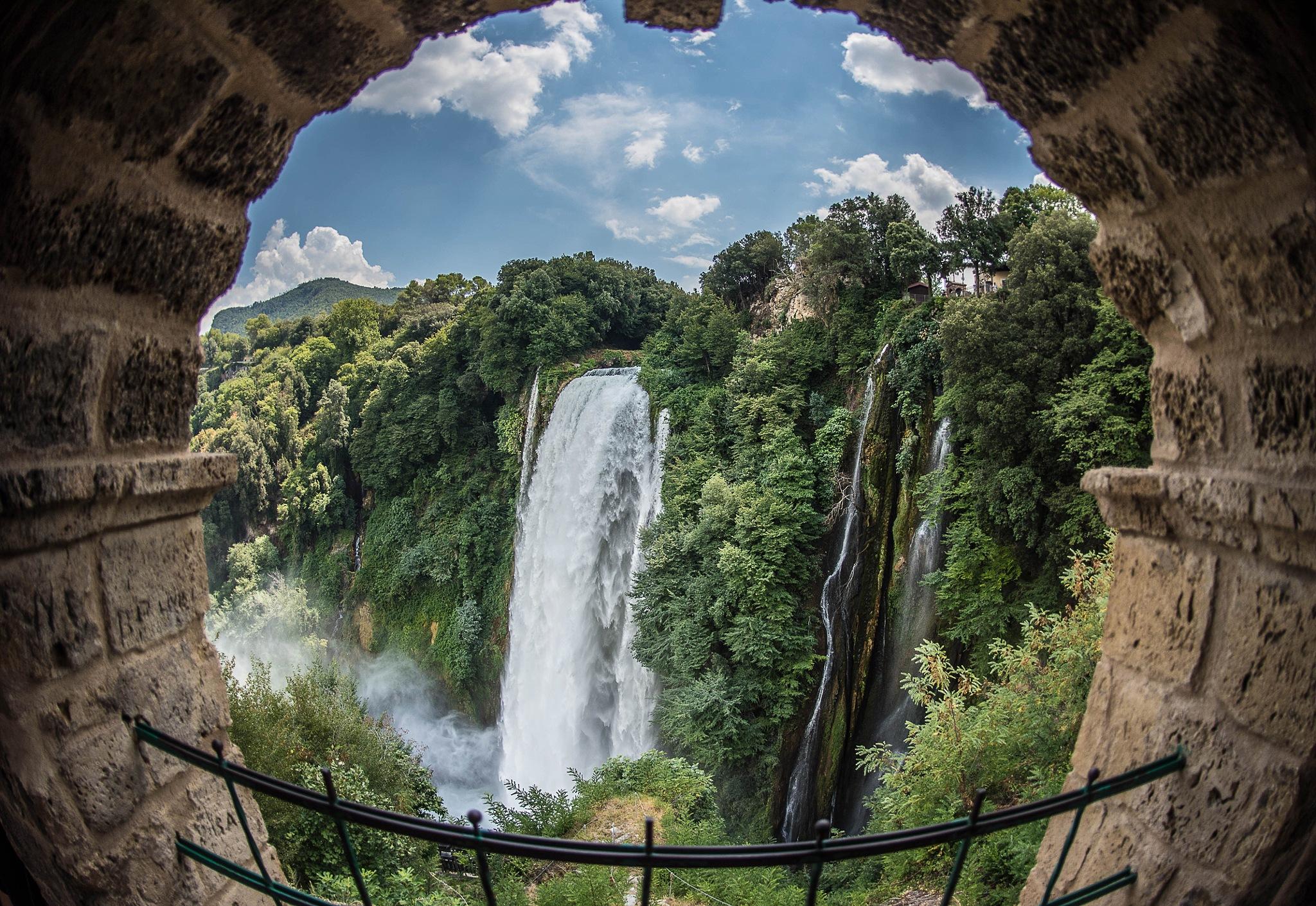 Mamore Falls by MrBpix