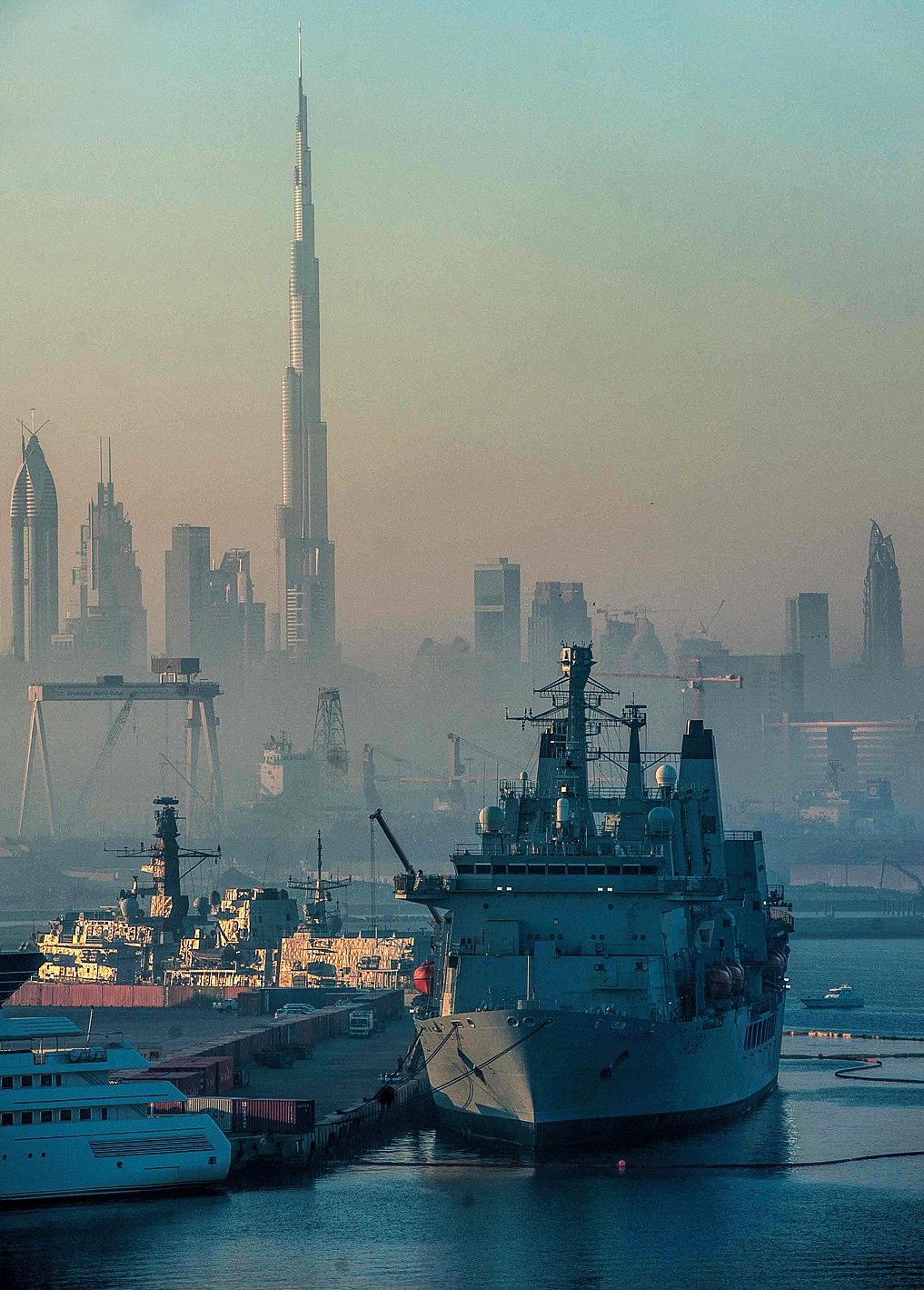 Early morning in Port Rashid, Dubai by MrBpix