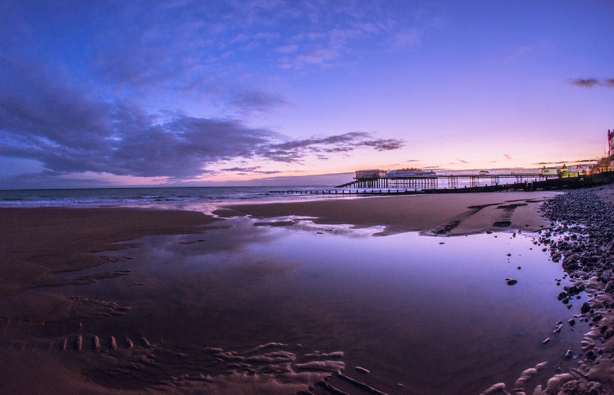 First light on Cromer beach by MrBpix