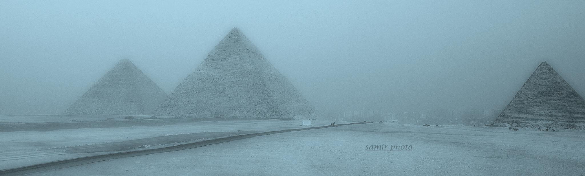 giza pyramid by samirsarkar