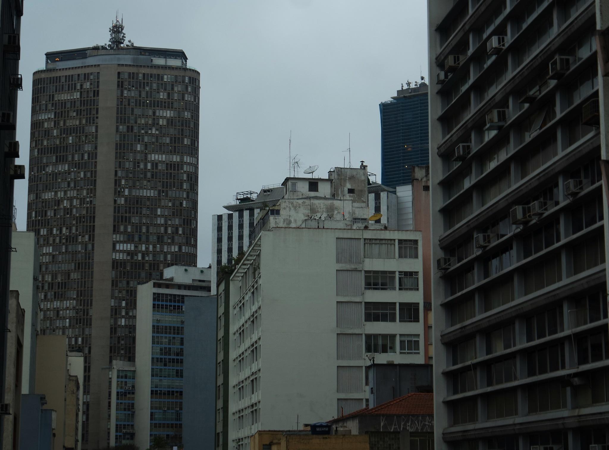 BuildingS 2 by Ina Henrique Dias