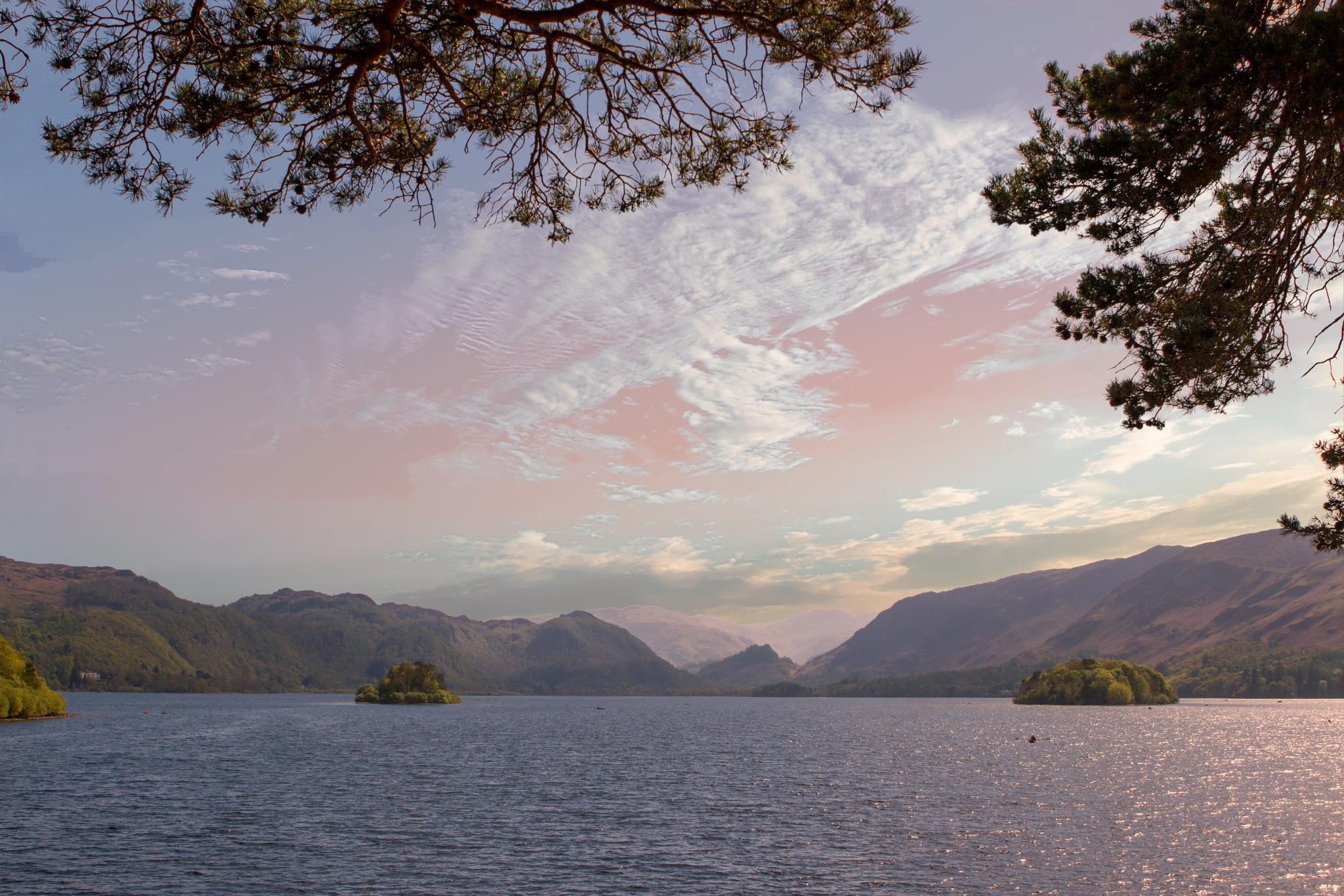 Derwent Water, Lake District UK by Andrew Walpole