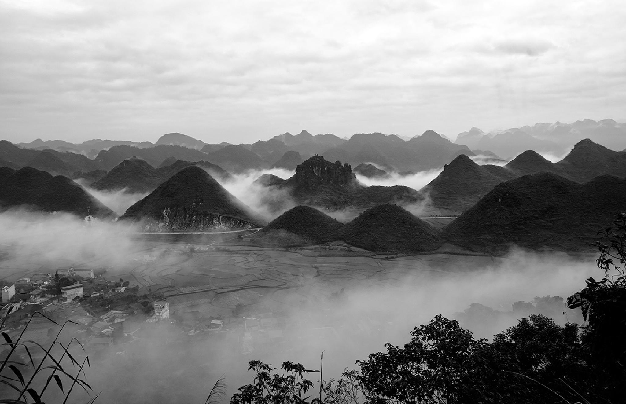 The Valley Cloud of Tam Son, Ha Giang by kienhoangmineral