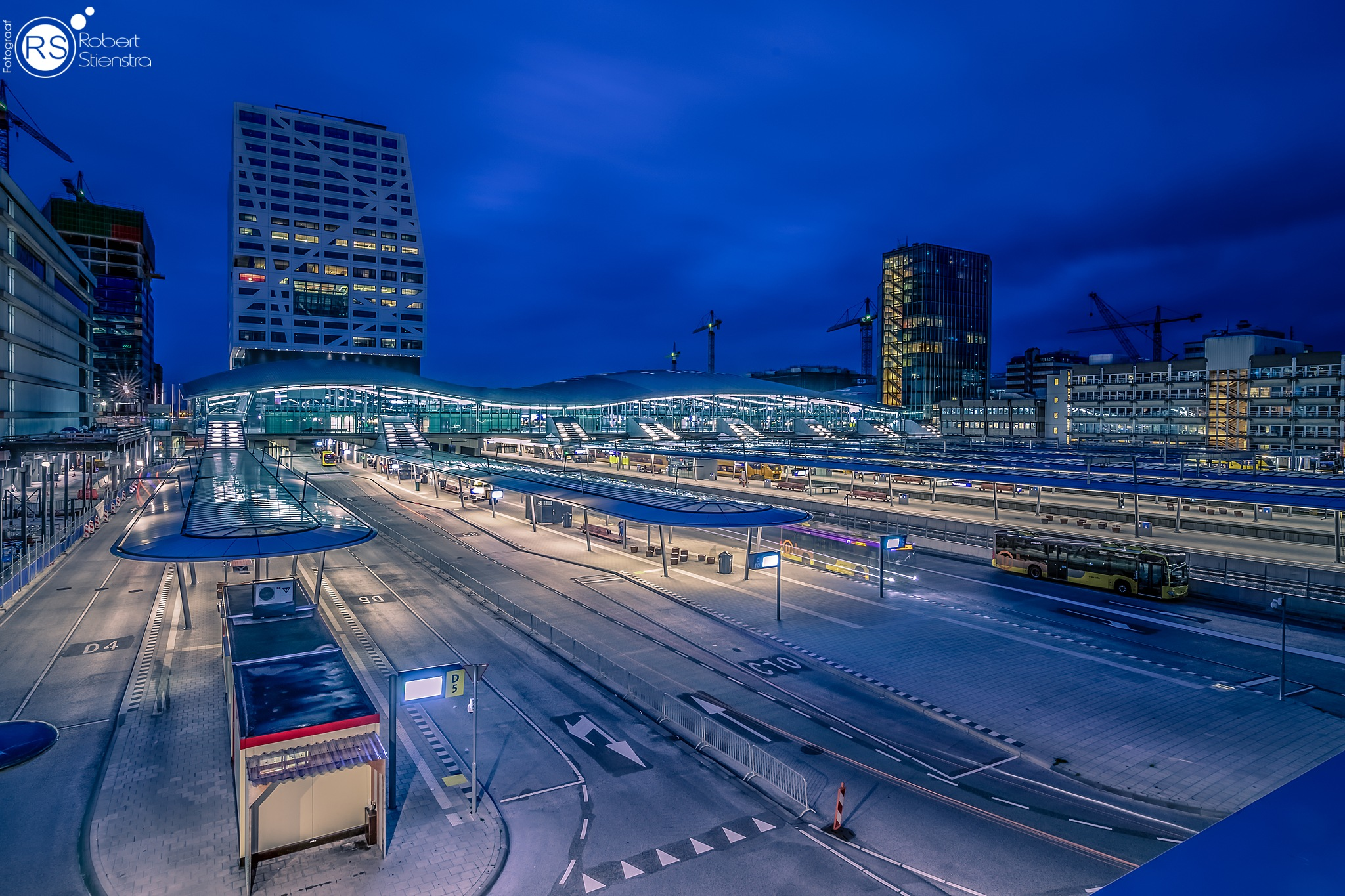 Utrecht central station by Robert Stienstra