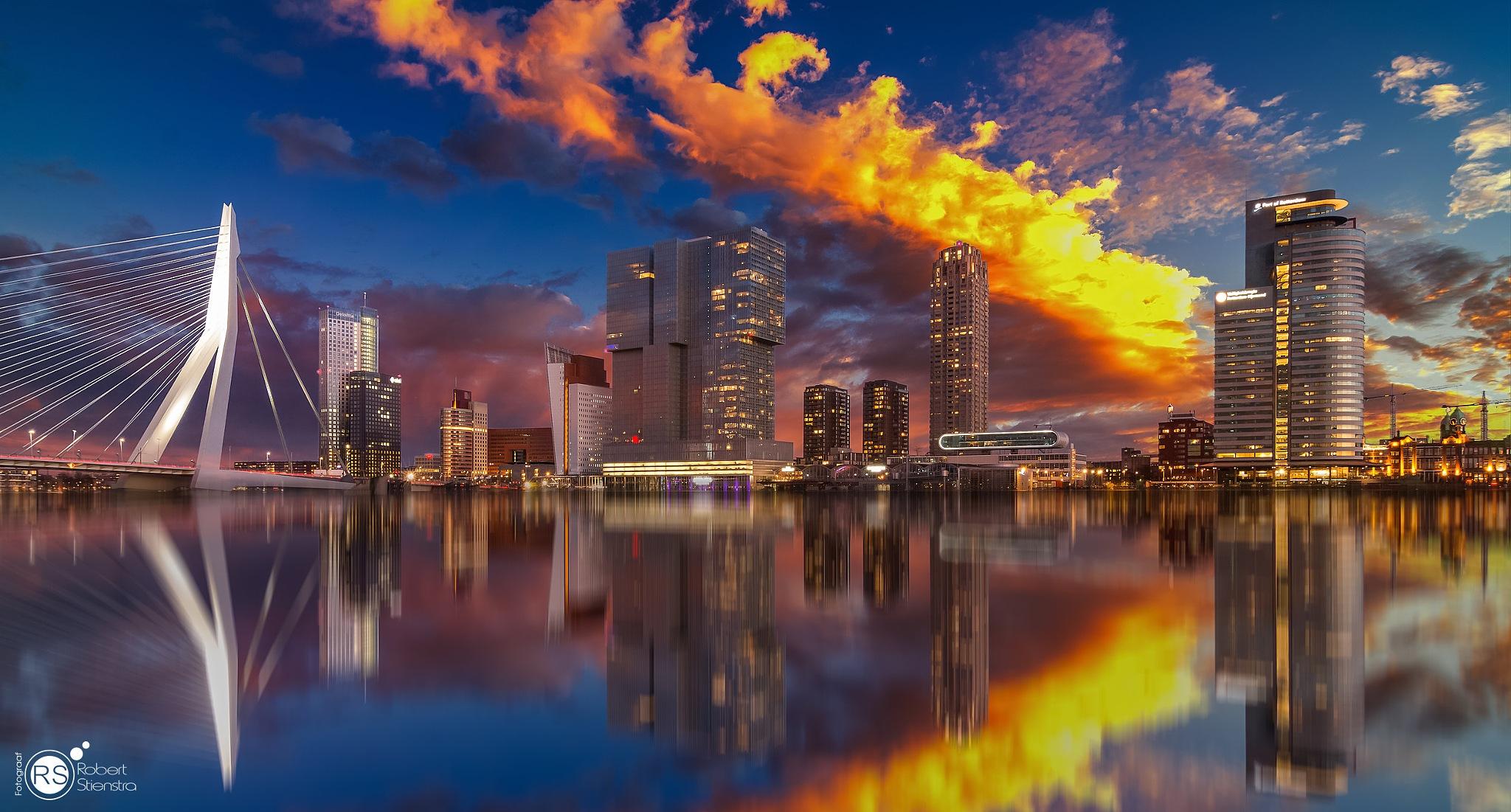 Rotterdam skyline (on fire) by Robert Stienstra