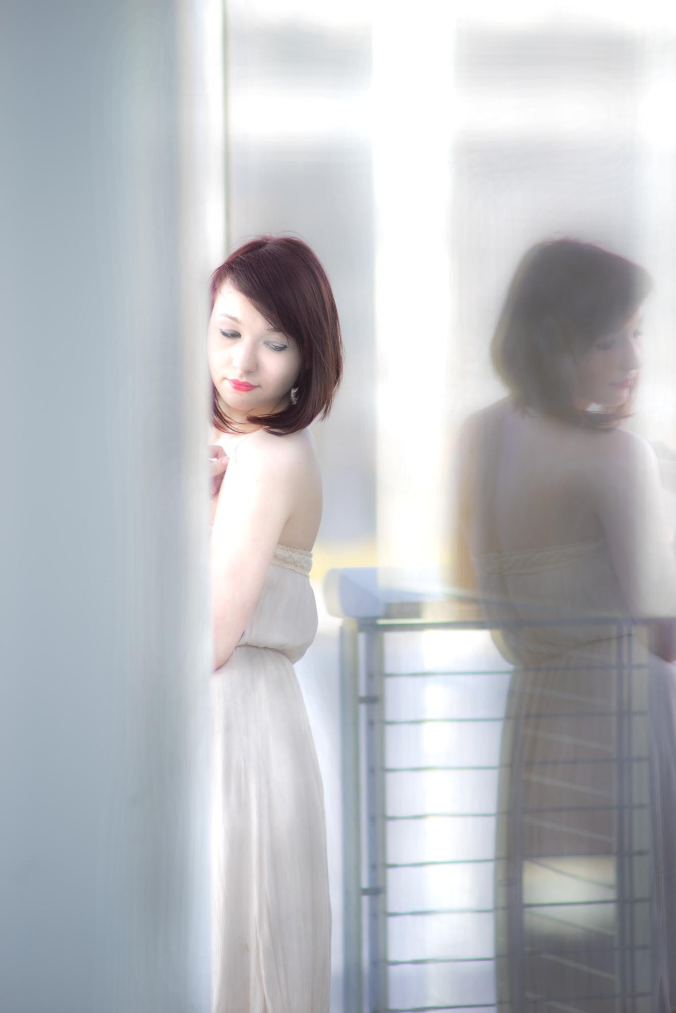 Reflecting Back by fotosbylang
