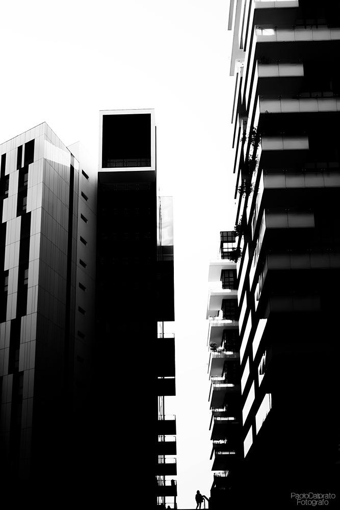 Urban canyon - Milano by PaoloDalprato