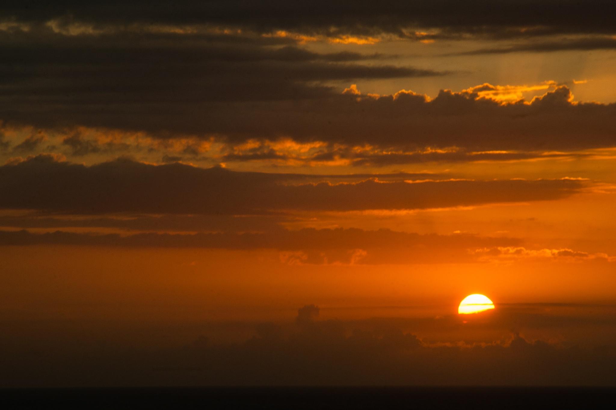 sunset travel by Sephole
