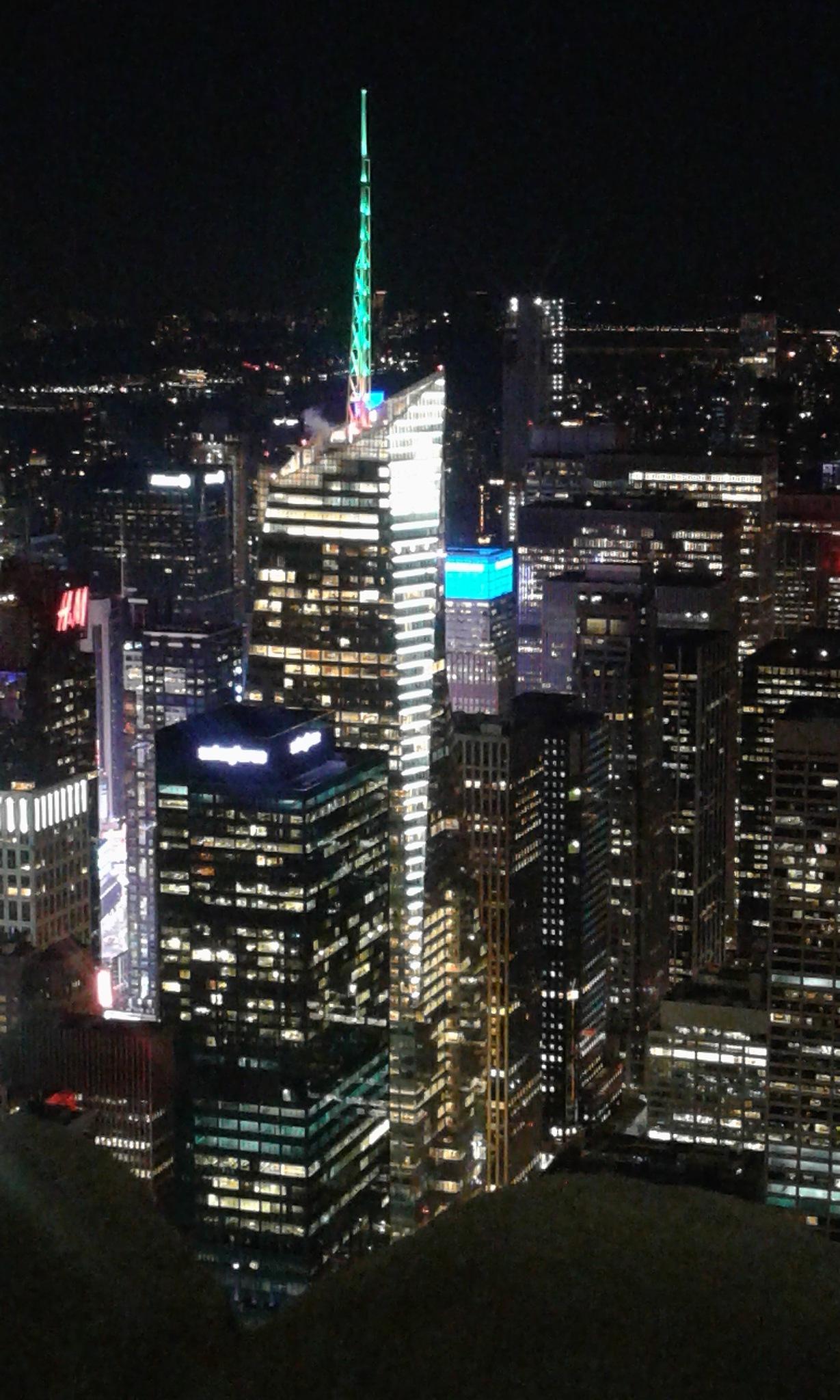 New York sky line by Paul Dexter
