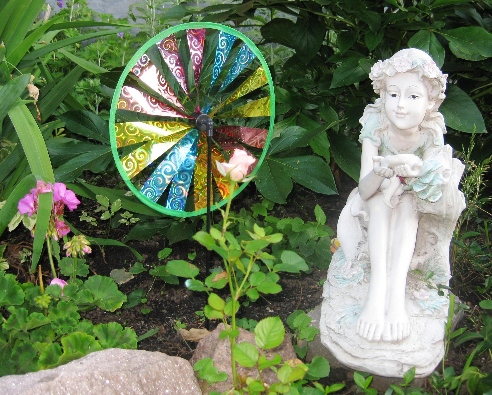 In A Canadian City Garden by sllennips