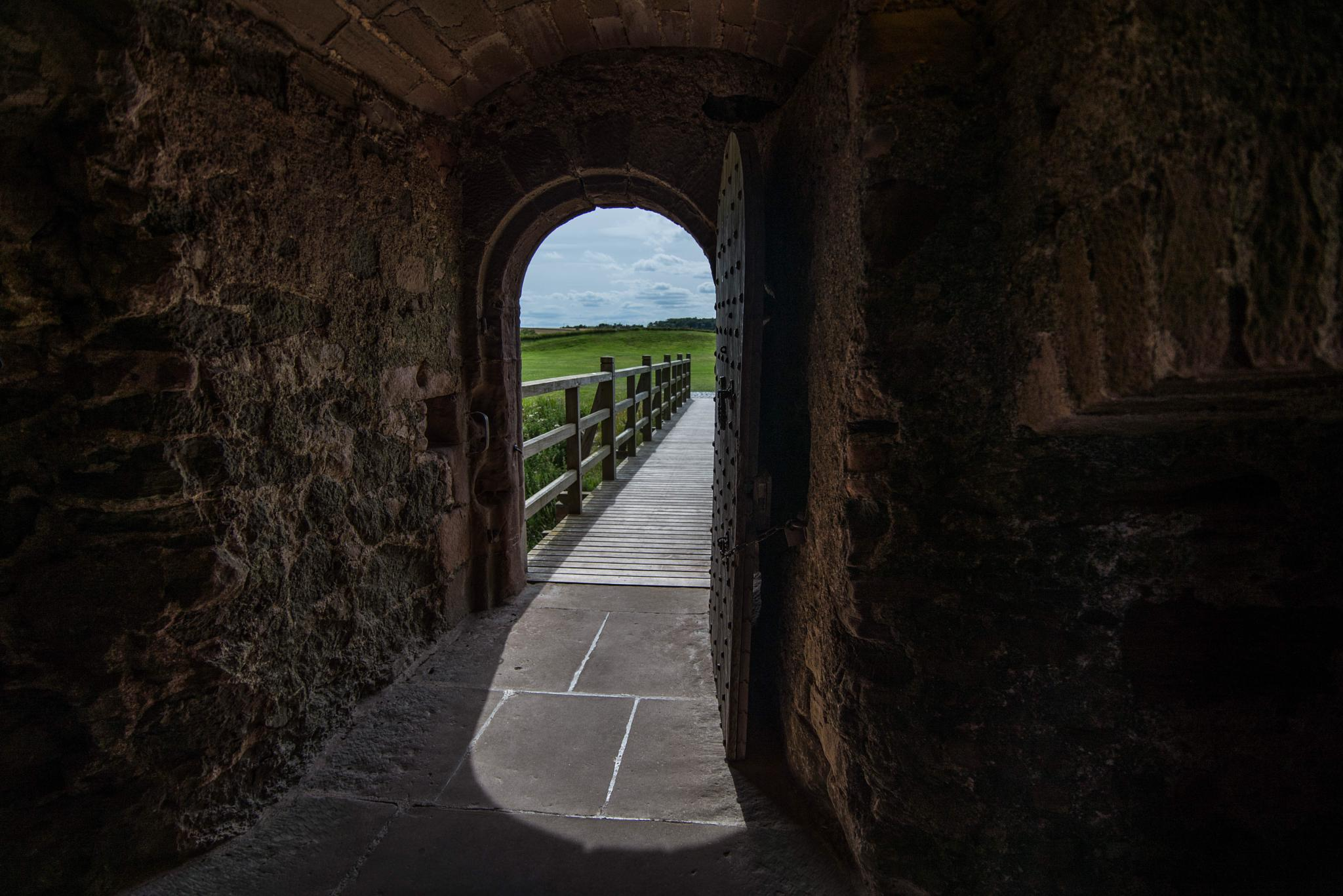 Tantallon castle. by Jamie_Nowell