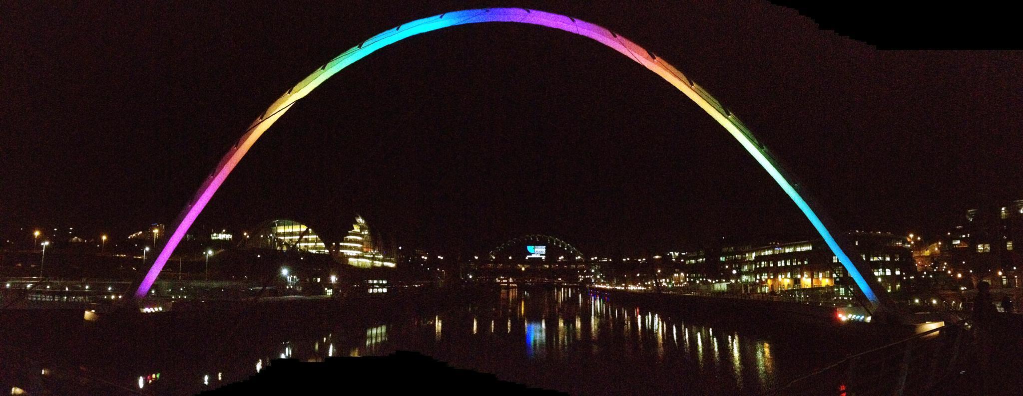 River Tyne at night by Paul Stobbs