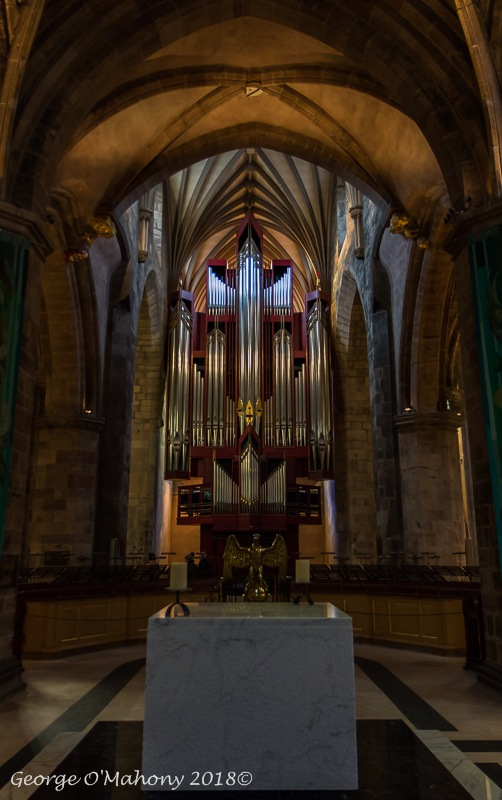 Saint Giles Catheral by Portlawslim