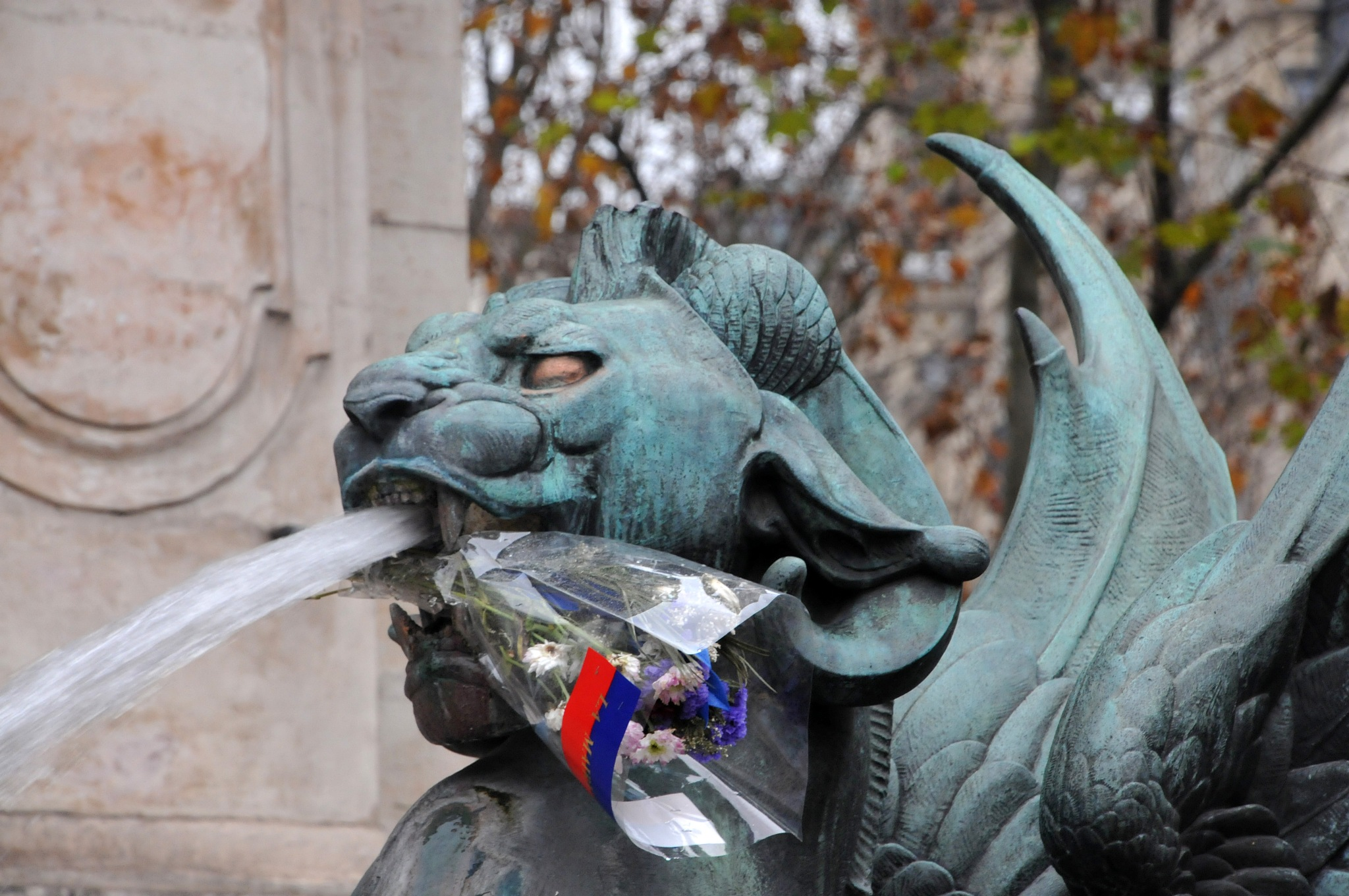 Dragon fleuri by JeanGregoireMarin