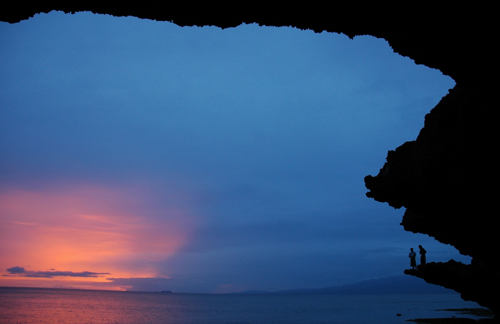 Rock-framed sunset by JeanGregoireMarin