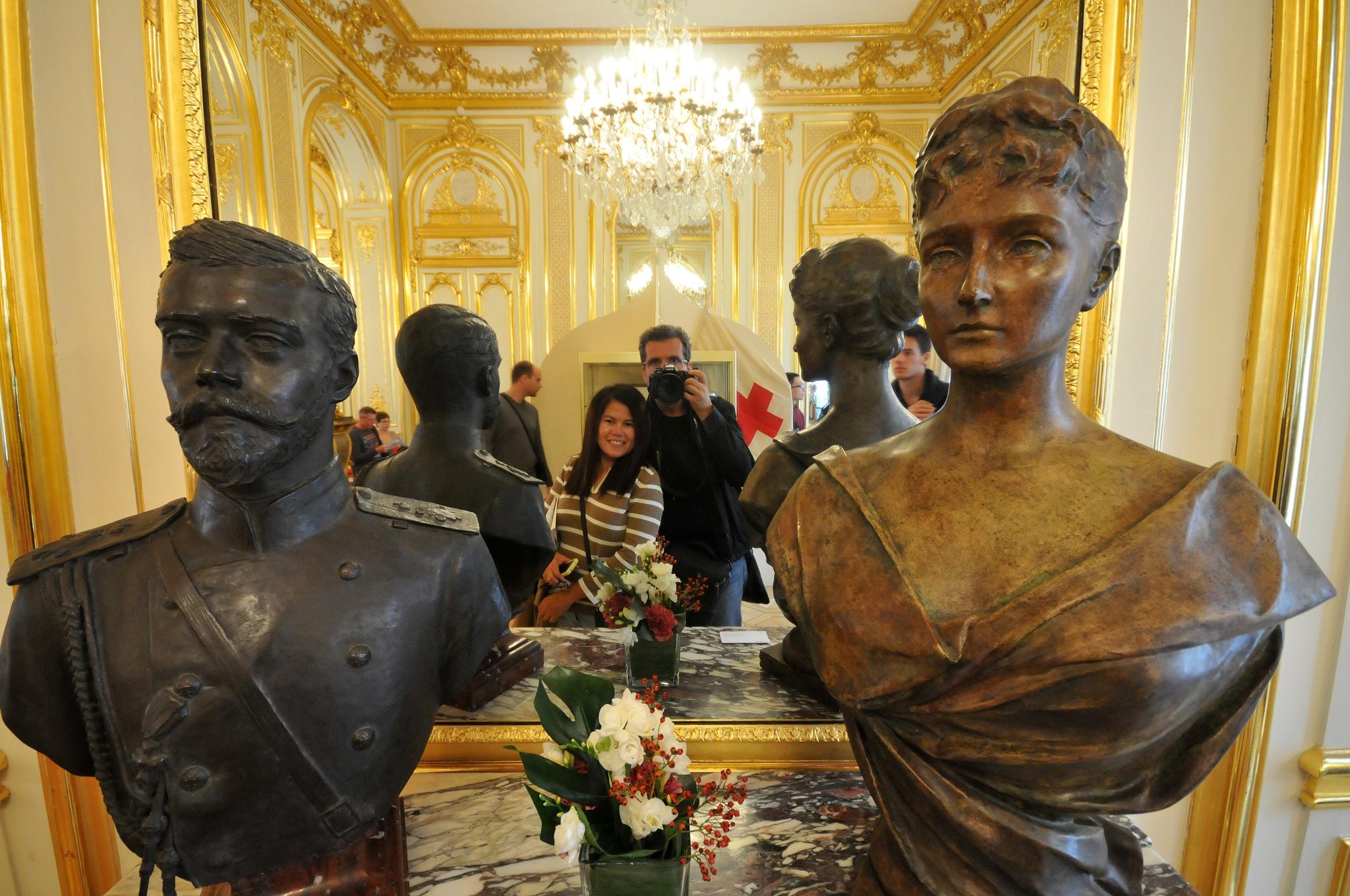 гражданка и гражданин Mapин между Николай II и Александра Феодоровна  by JeanGregoireMarin