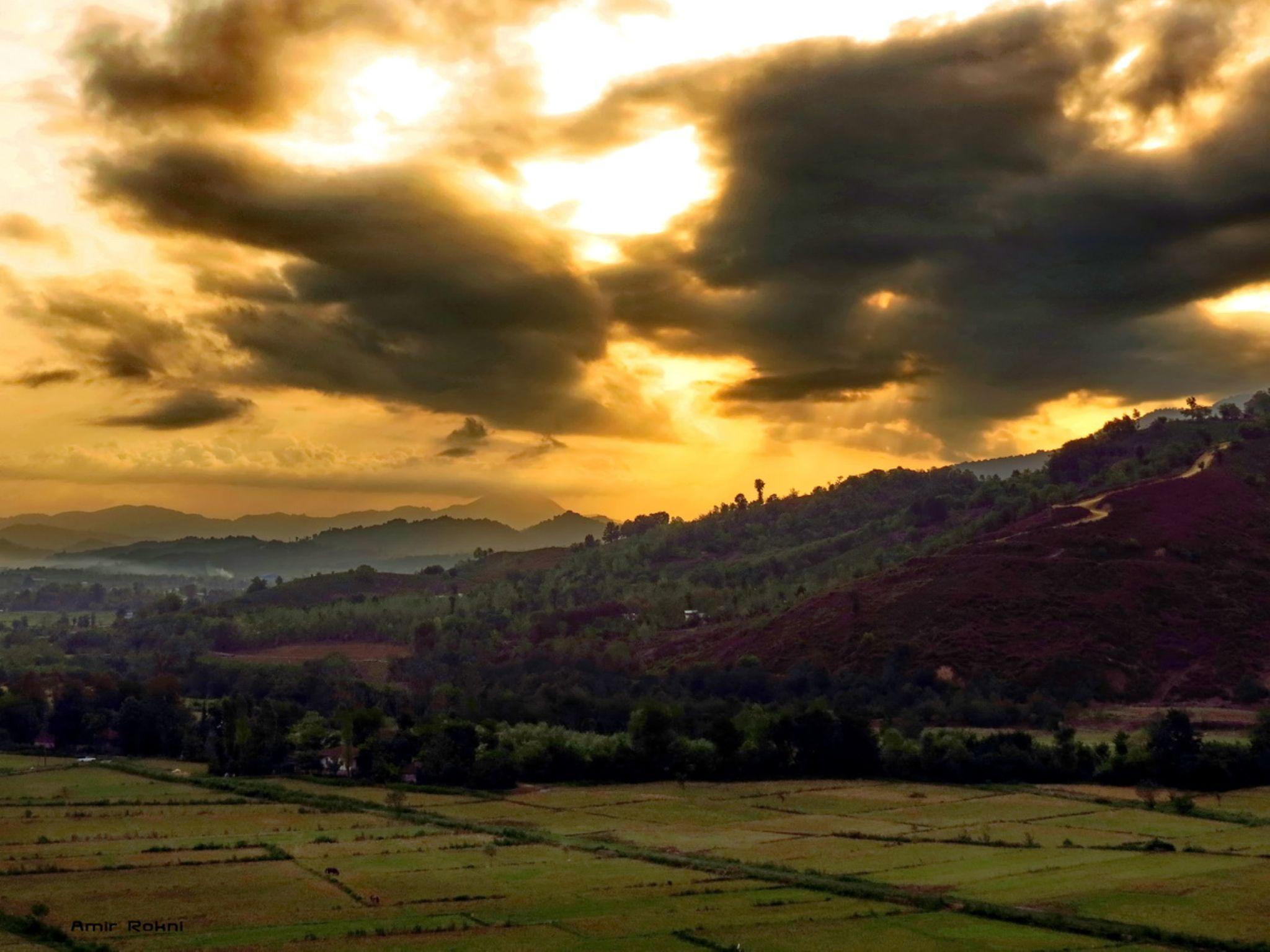Sunrise by amirrokney