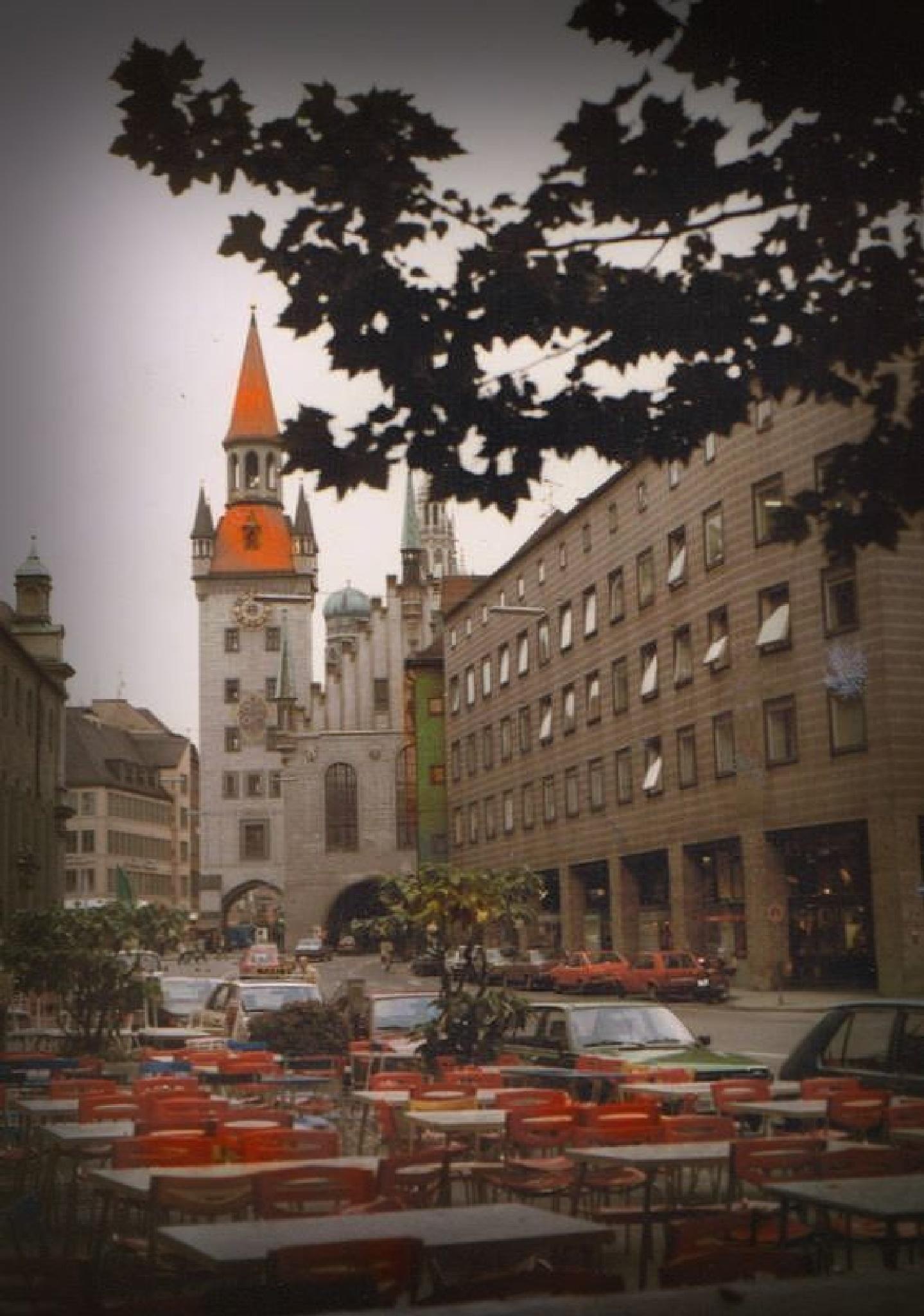 Münchner Straße by C michael anthony