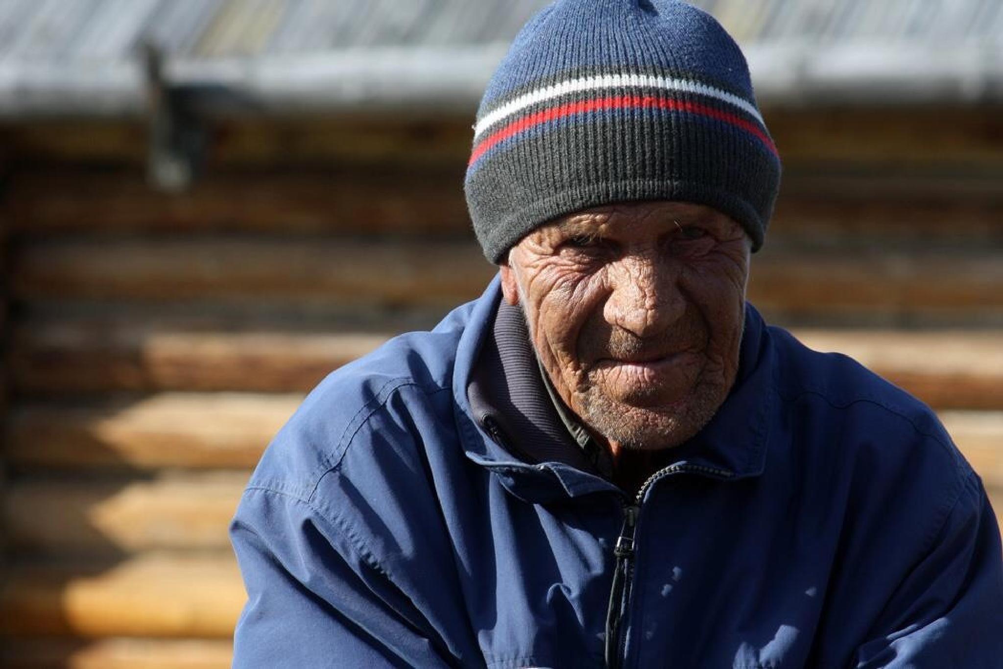 Old Man by monanorrman