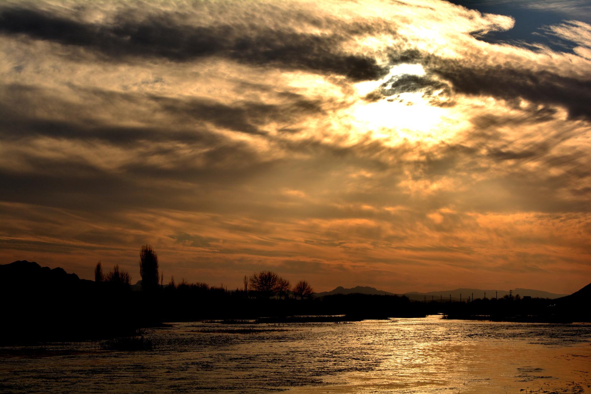 sunset by hadidadar