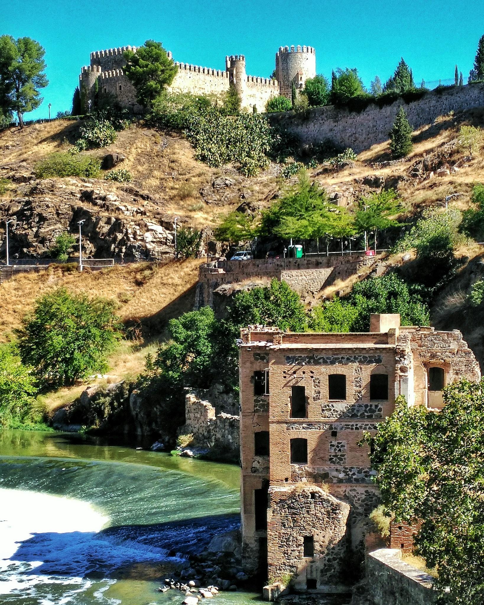 Toledo by OLAYA