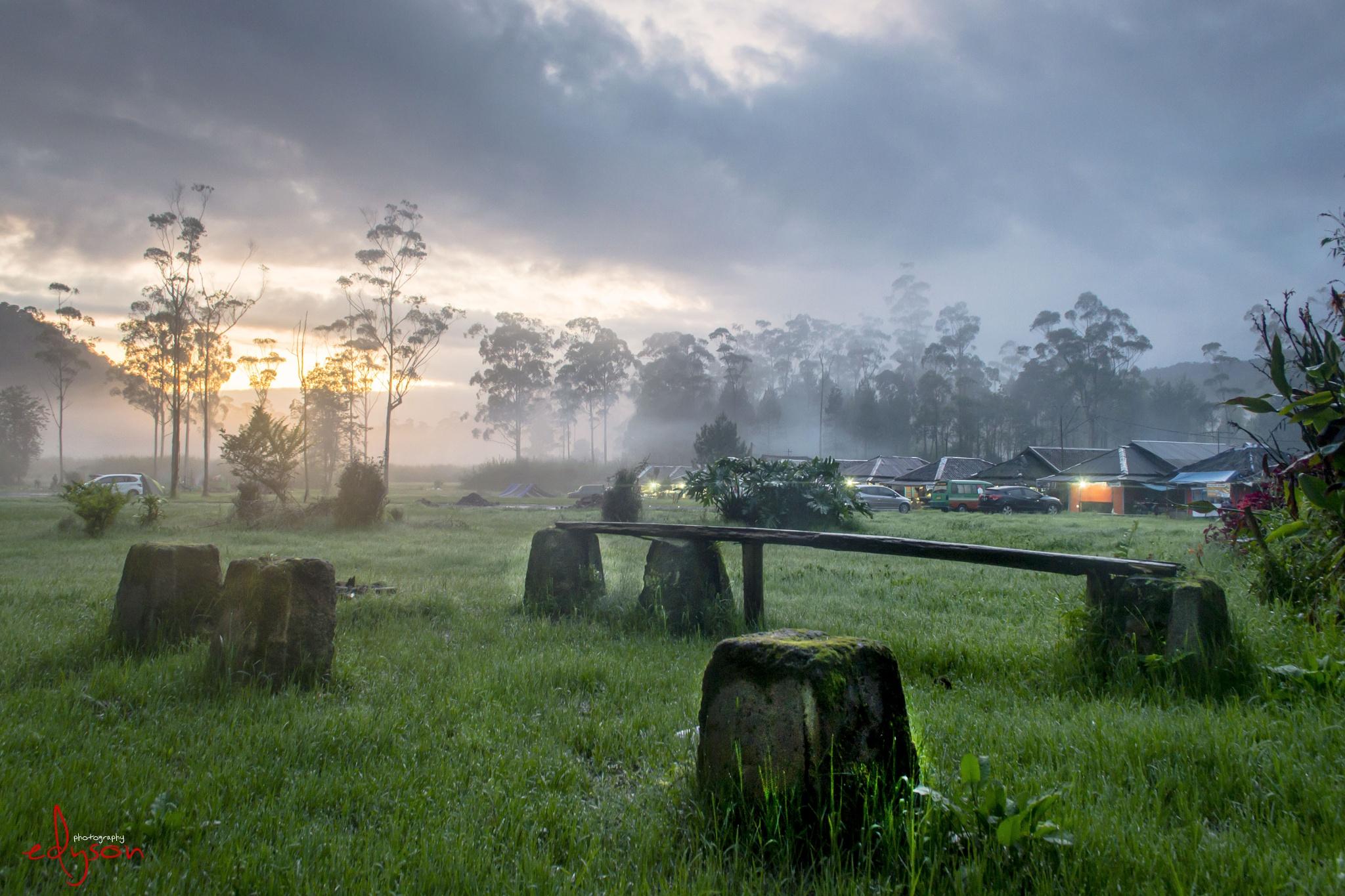Photo in Landscape #landscape #indonesia #wonderfulindonesia #wondernesia #travell #java #jawabarat #bandung #nikon #nikond3100 #d3100 #landcapephotography #amazingindonesia