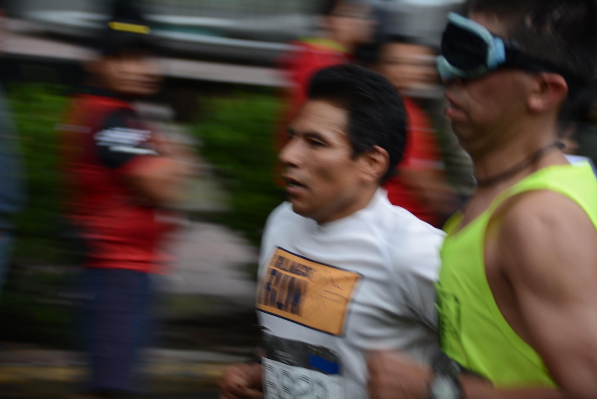 Mexico City Marathon V by Manuel Villanueva