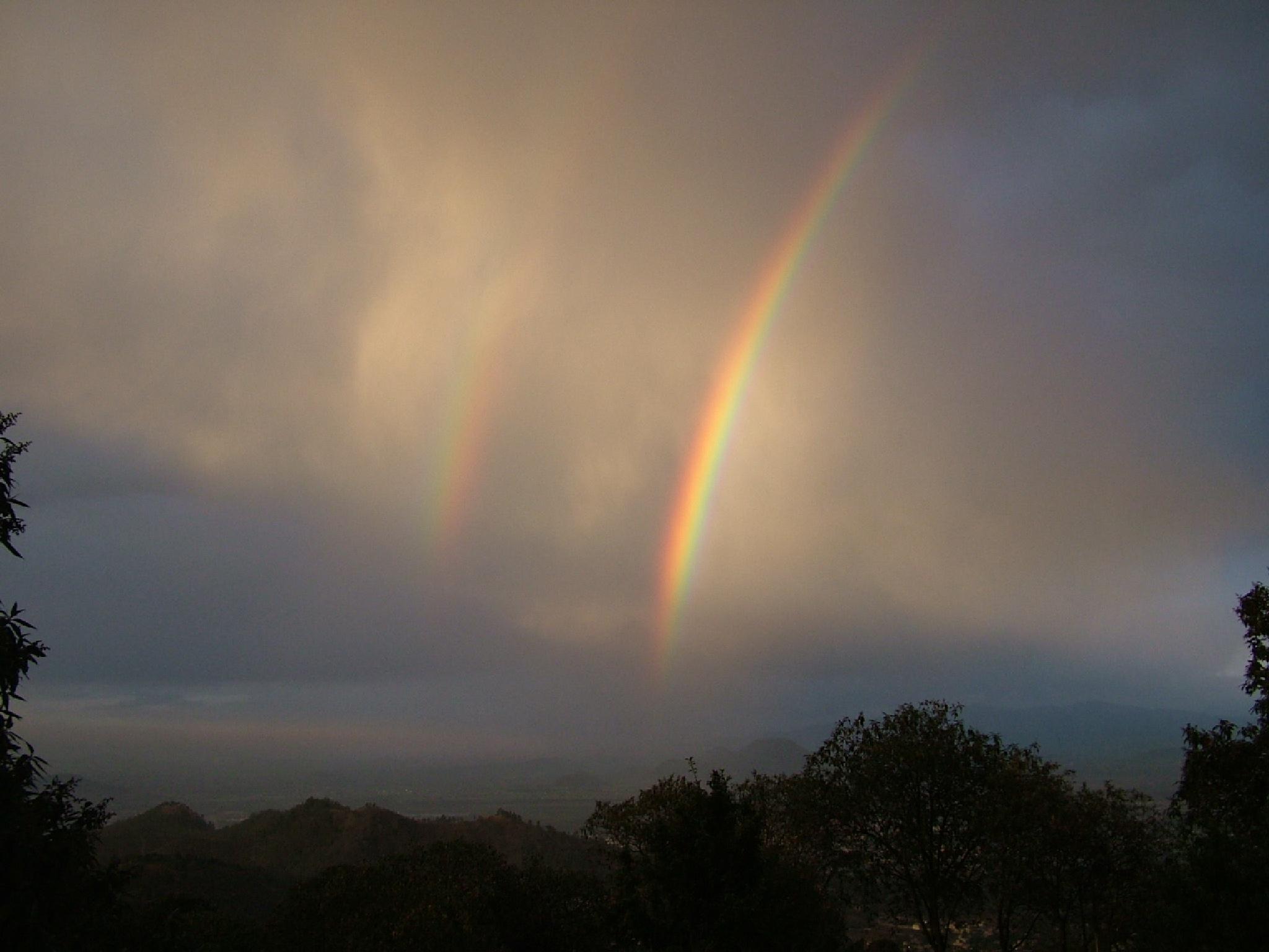 Double rainbow by Manuel Villanueva