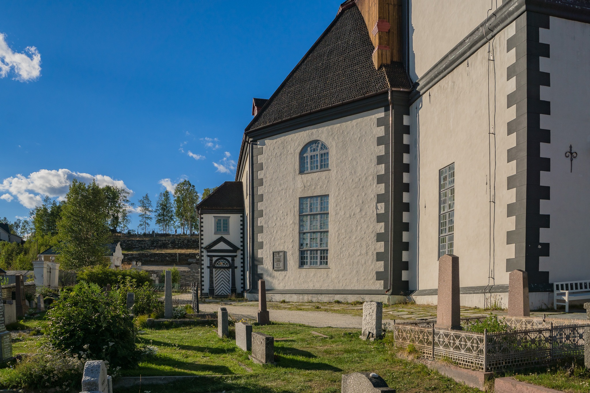Roeros Church in Norway by Tormod Lindoe
