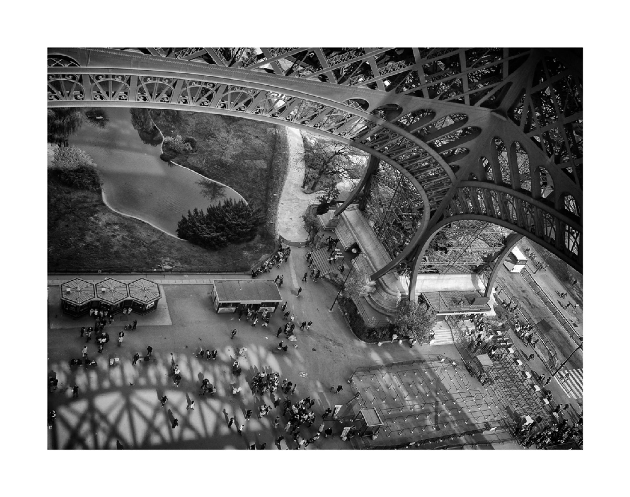 Torre Eifell, Paris, França by DorivalMoreira
