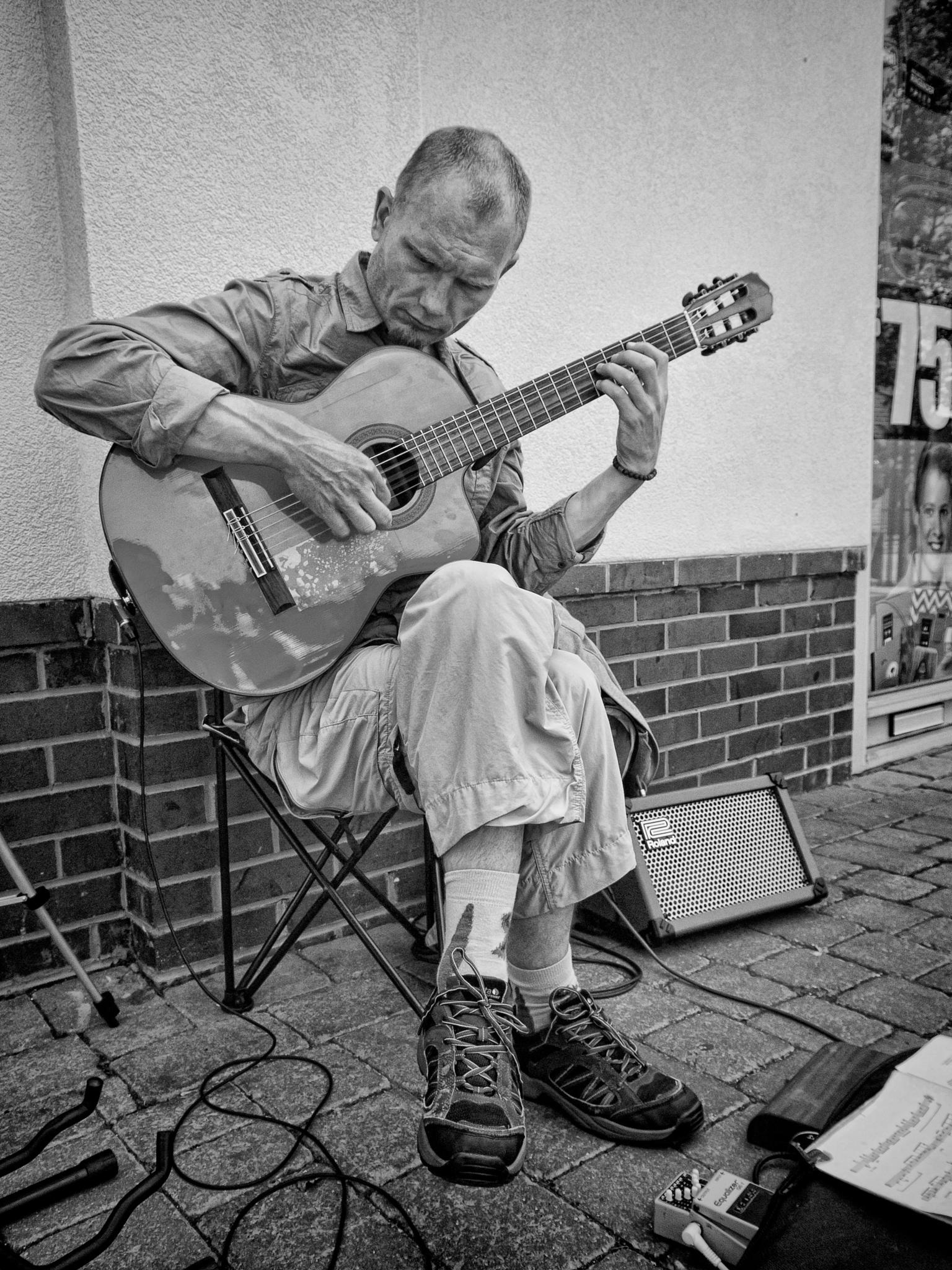 Busking by malco555