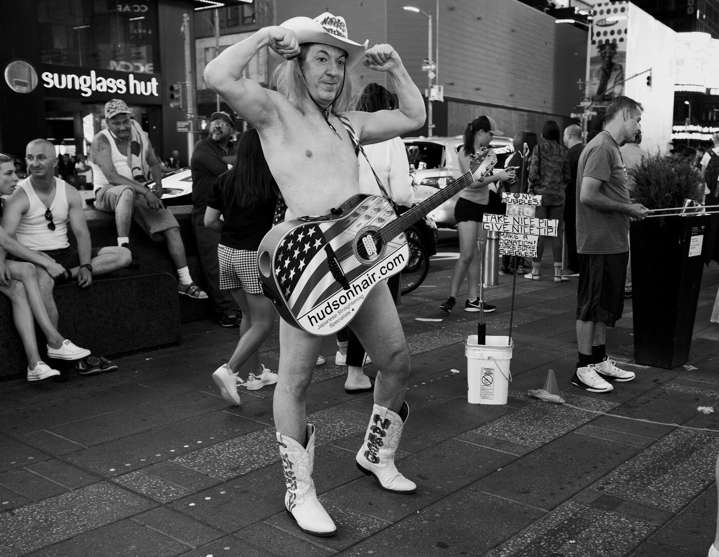 The Naked Cowboy by Daggy