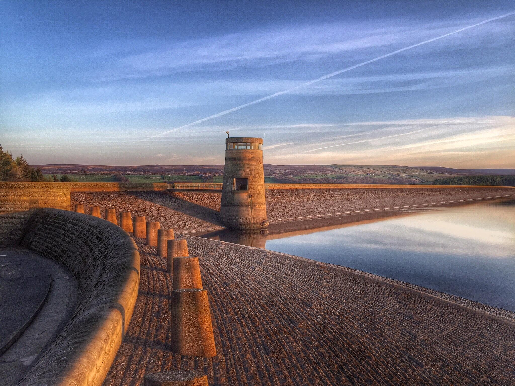 Derwent Reservoir by Richard Bennett