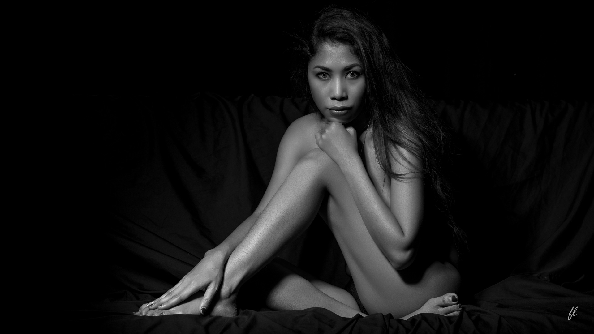 In a black room.. by Dragunars