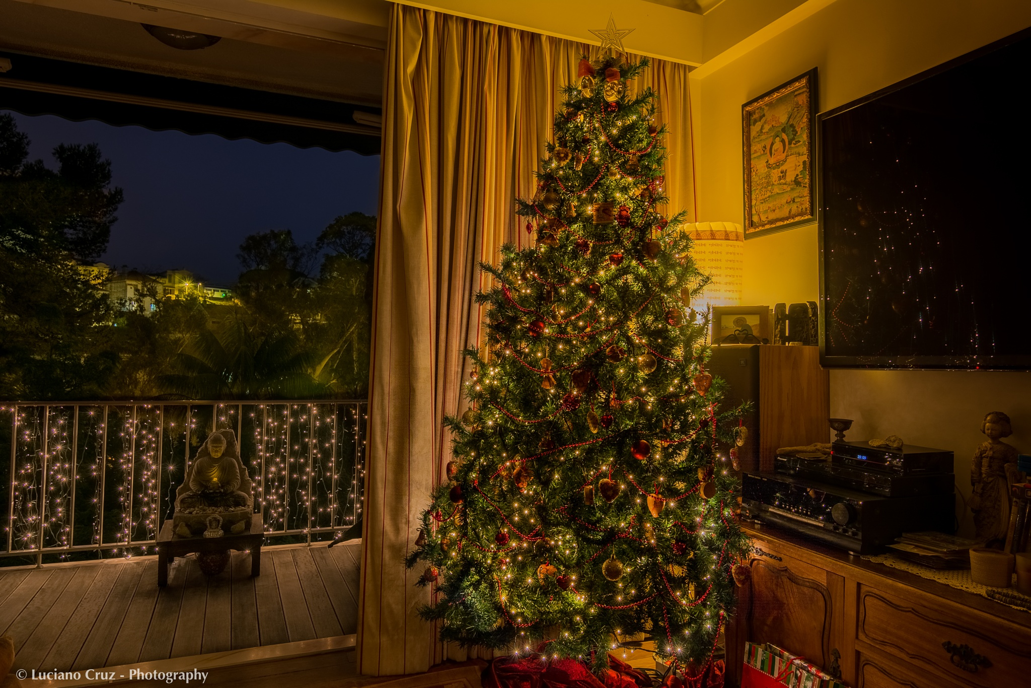 Merry Christmas to All of You by Luciano Cruz