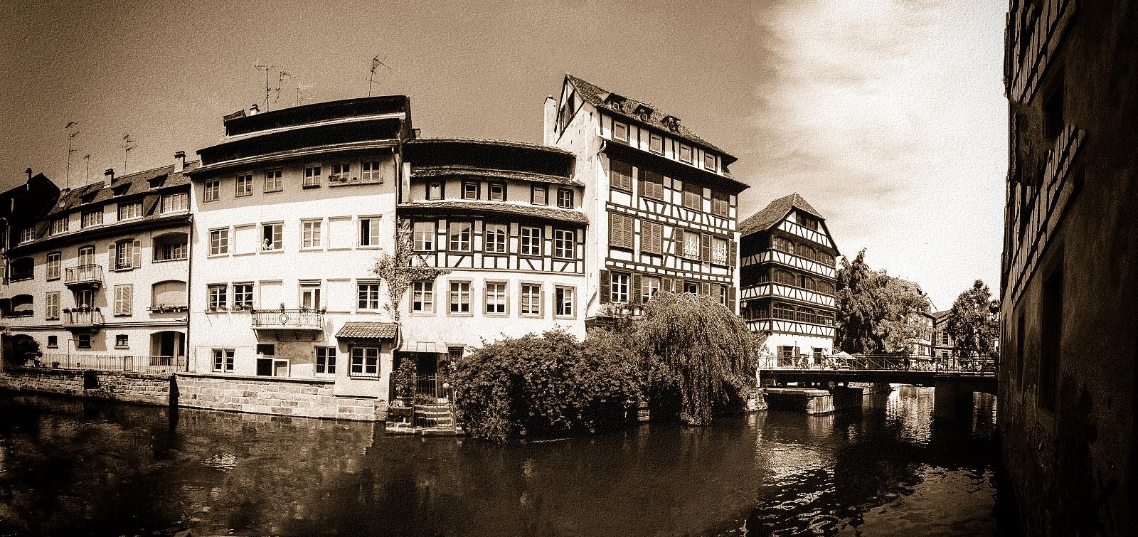 Strasbourg City by Milan