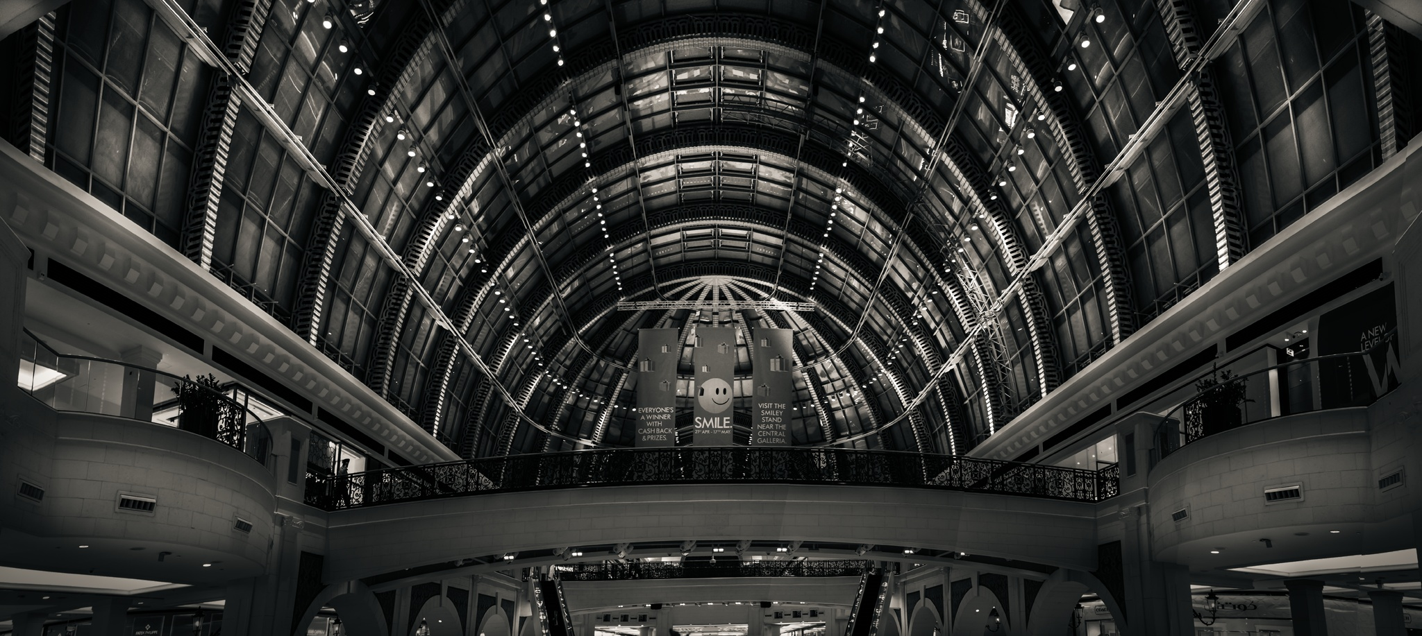 Mall of the Emirates by Ashraf Sabbah
