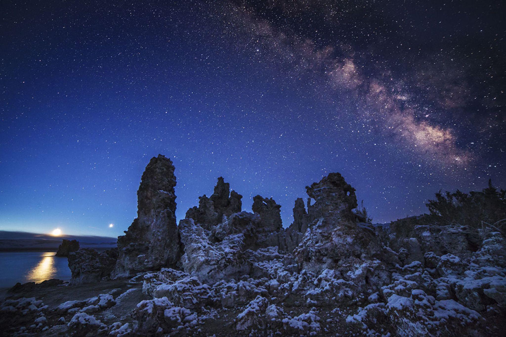 Blue Hour Galaxy by bunlee