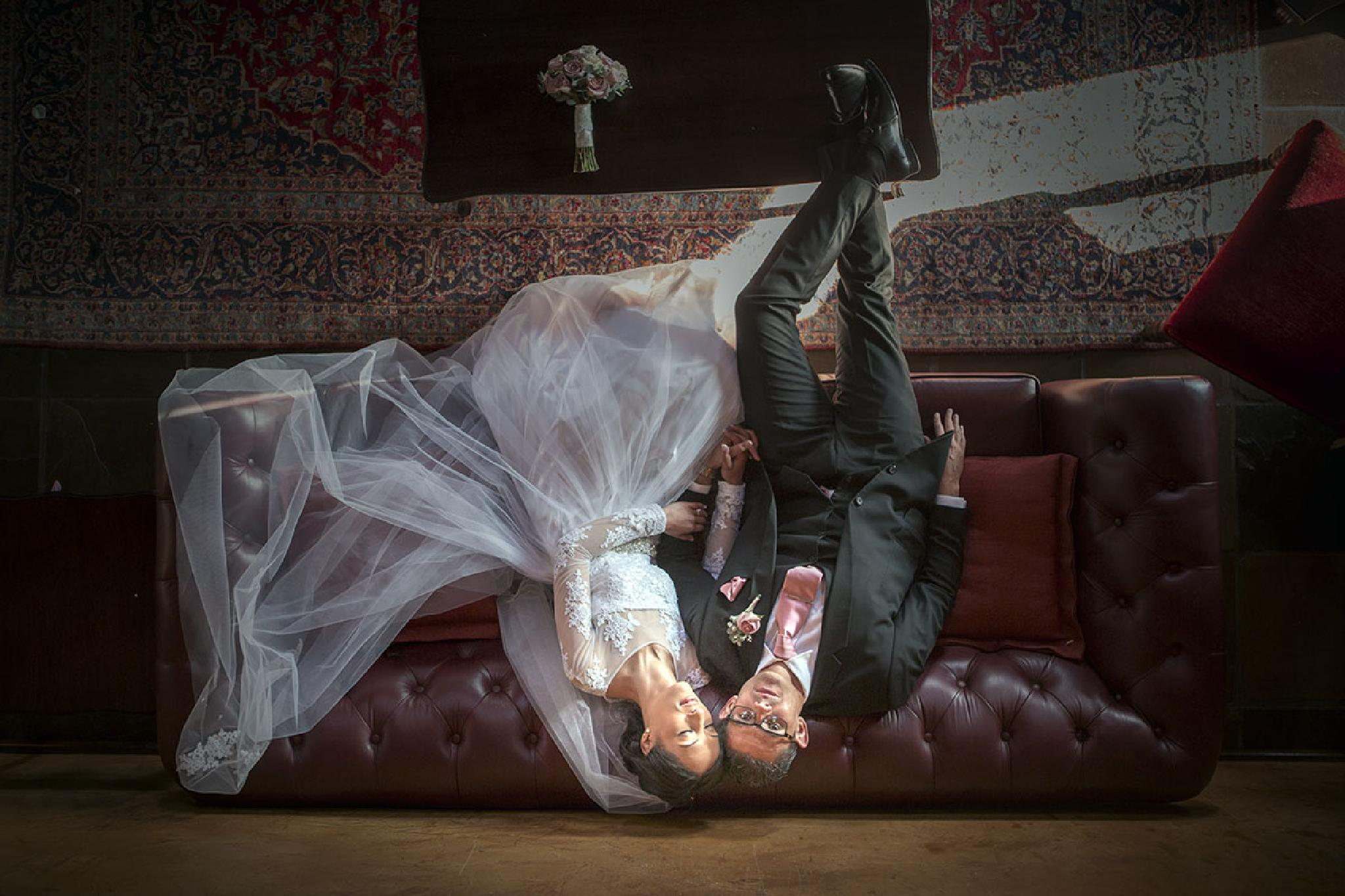 Wedding couple by Darrell Fraser Photography