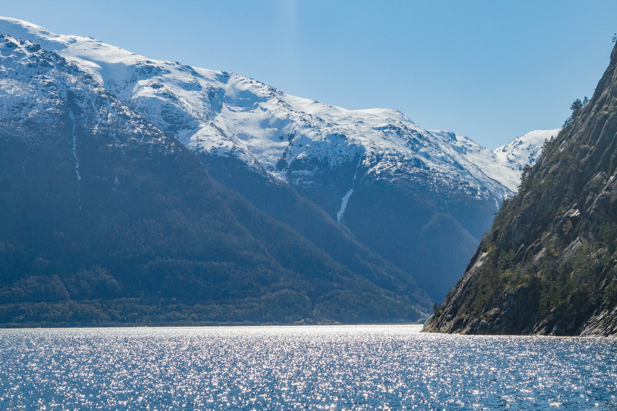 Fjord and mountain-2 by Tore_H
