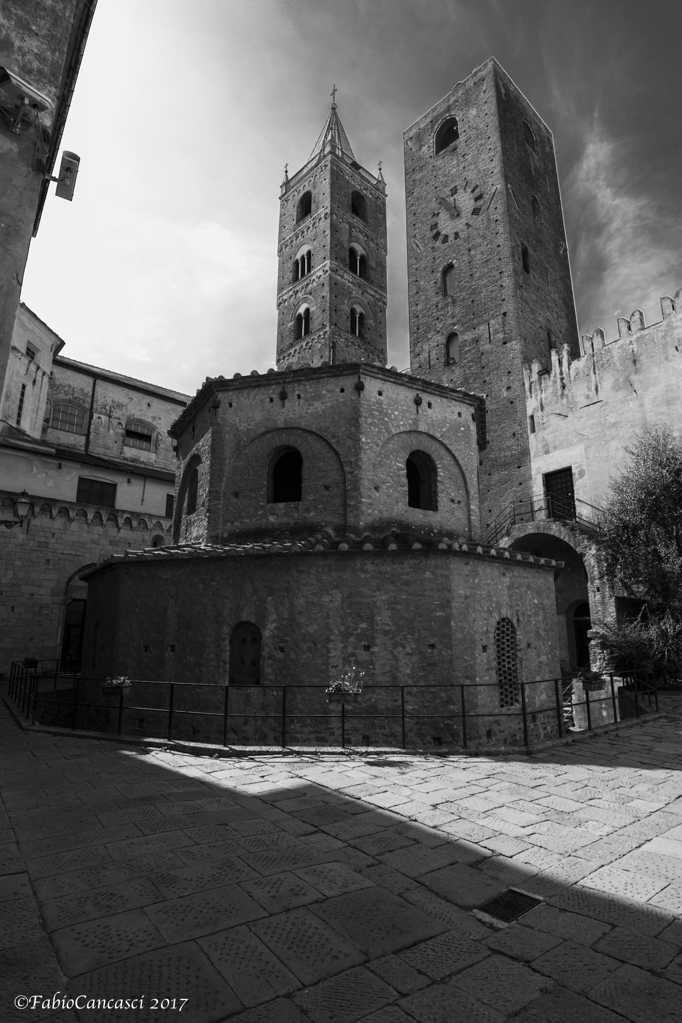 Albenga by Fabio C.