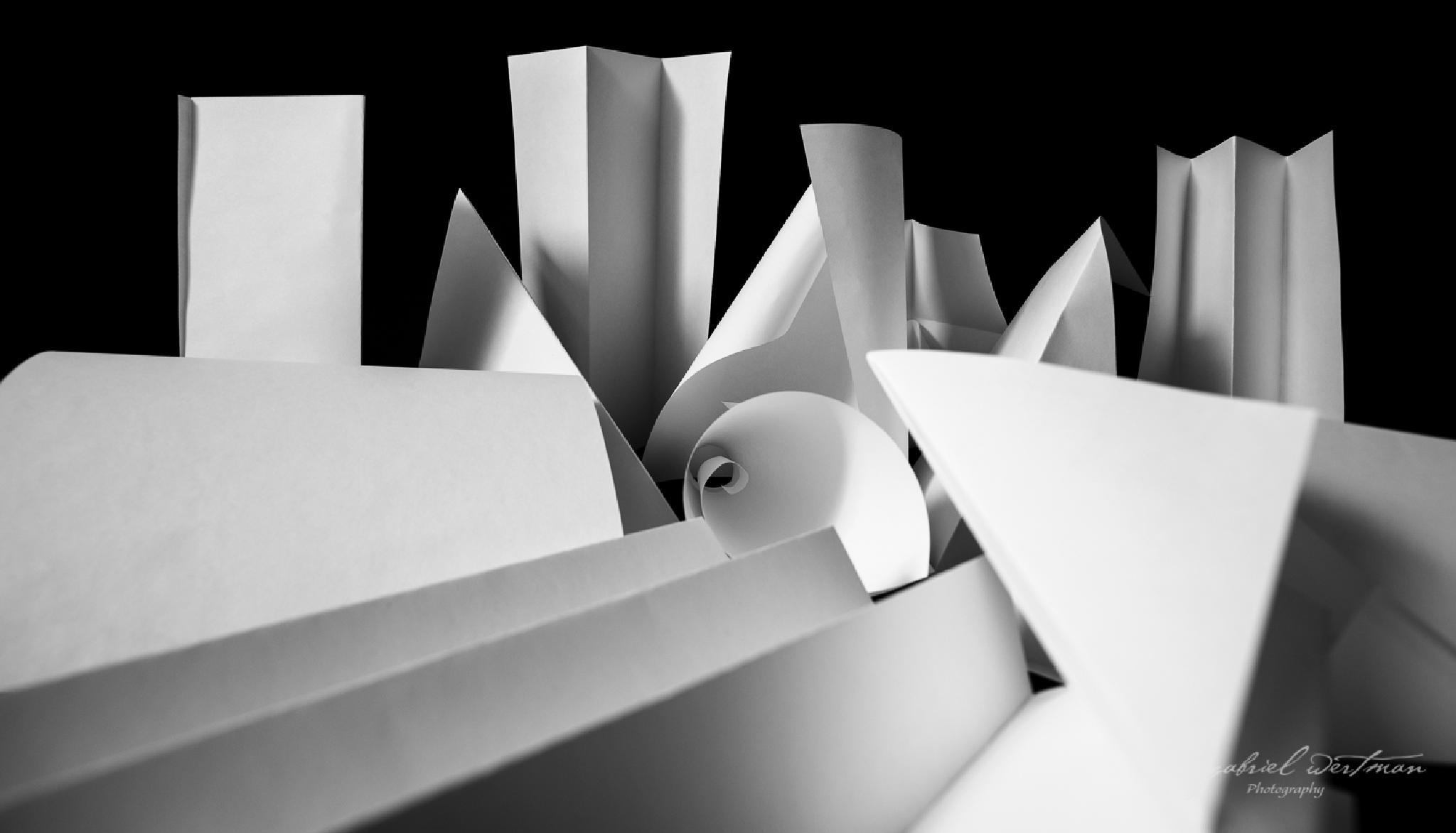 Juegos de Papel II by GabrielWertman