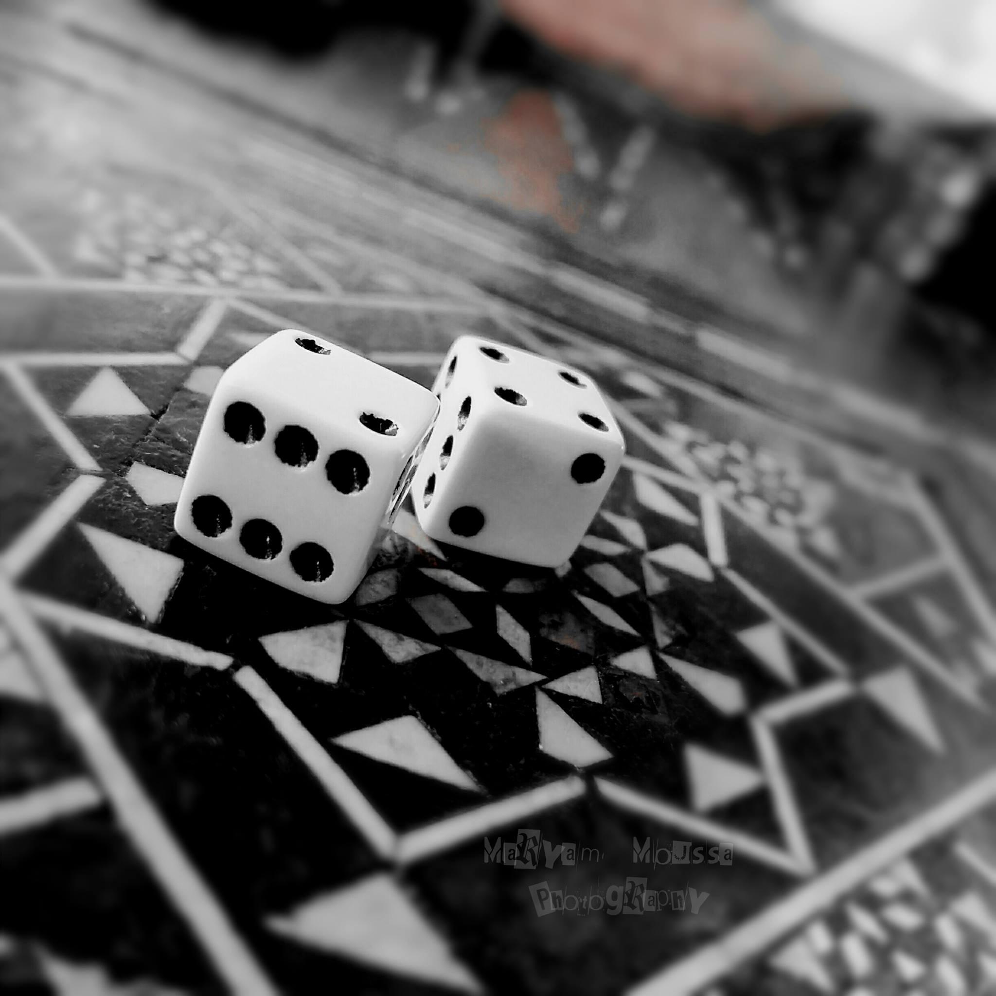 #Backgammon by Maryam Moussa