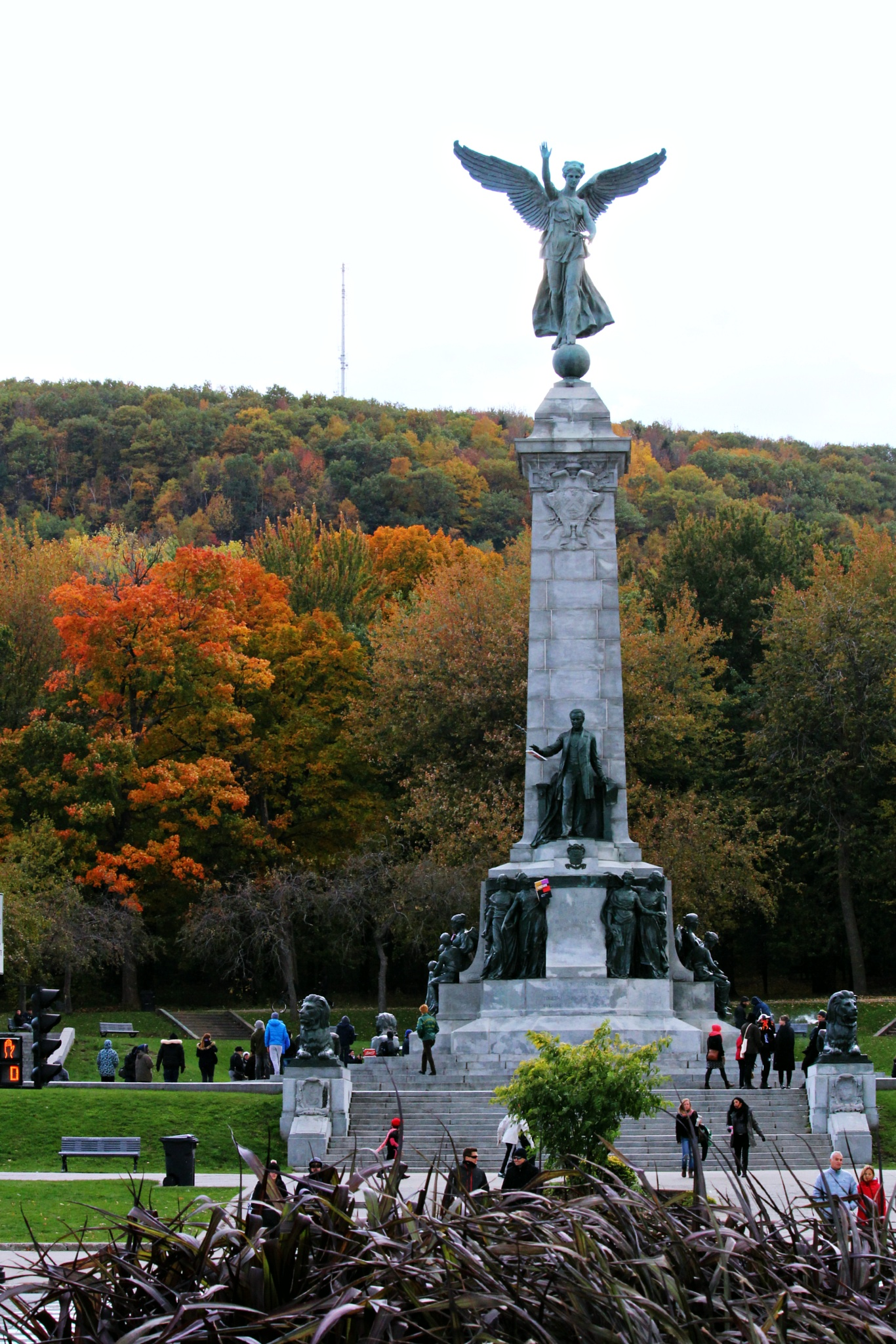 Mont Royal..Le Monument à George-Étienne Cartier ... by Ewa